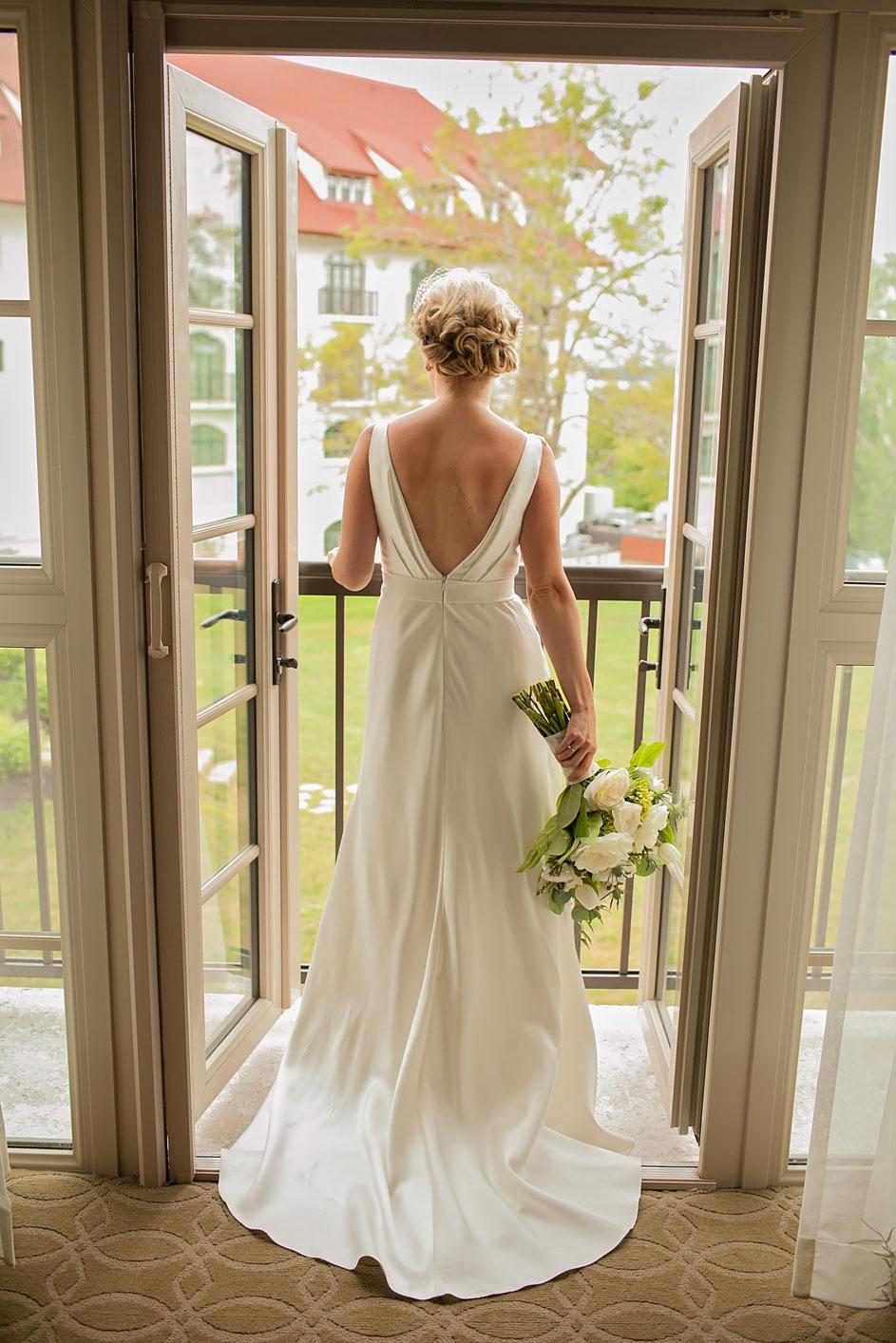 Davenport Wedding and Engagement Photographer
