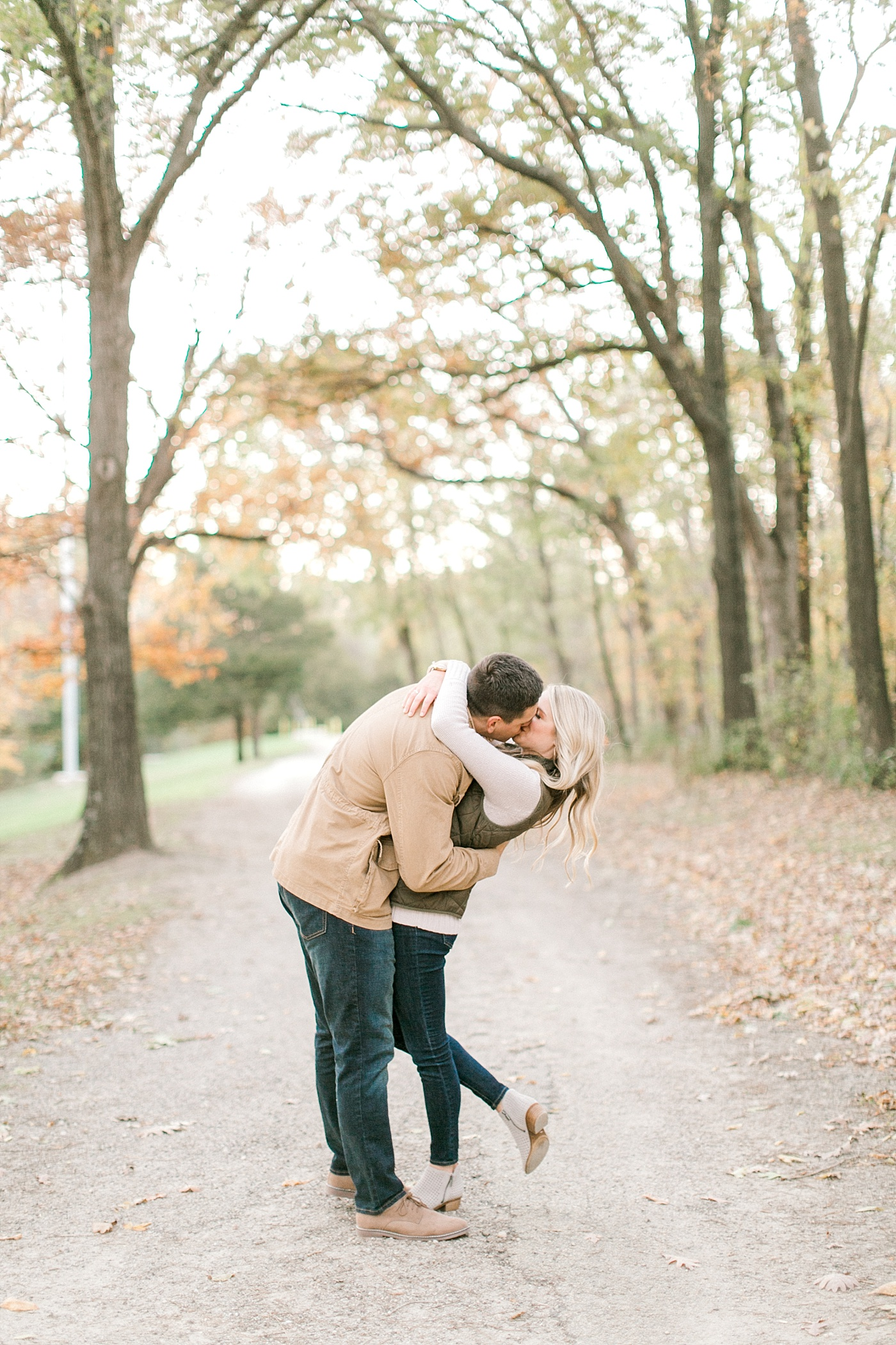 I currently have about 2 spots left in my calendar for 2019 weddings! If you or someone you know is needing a wedding photographer, my husband and I would love to photograph your wedding! Contact us today at 563-676-3980. <3