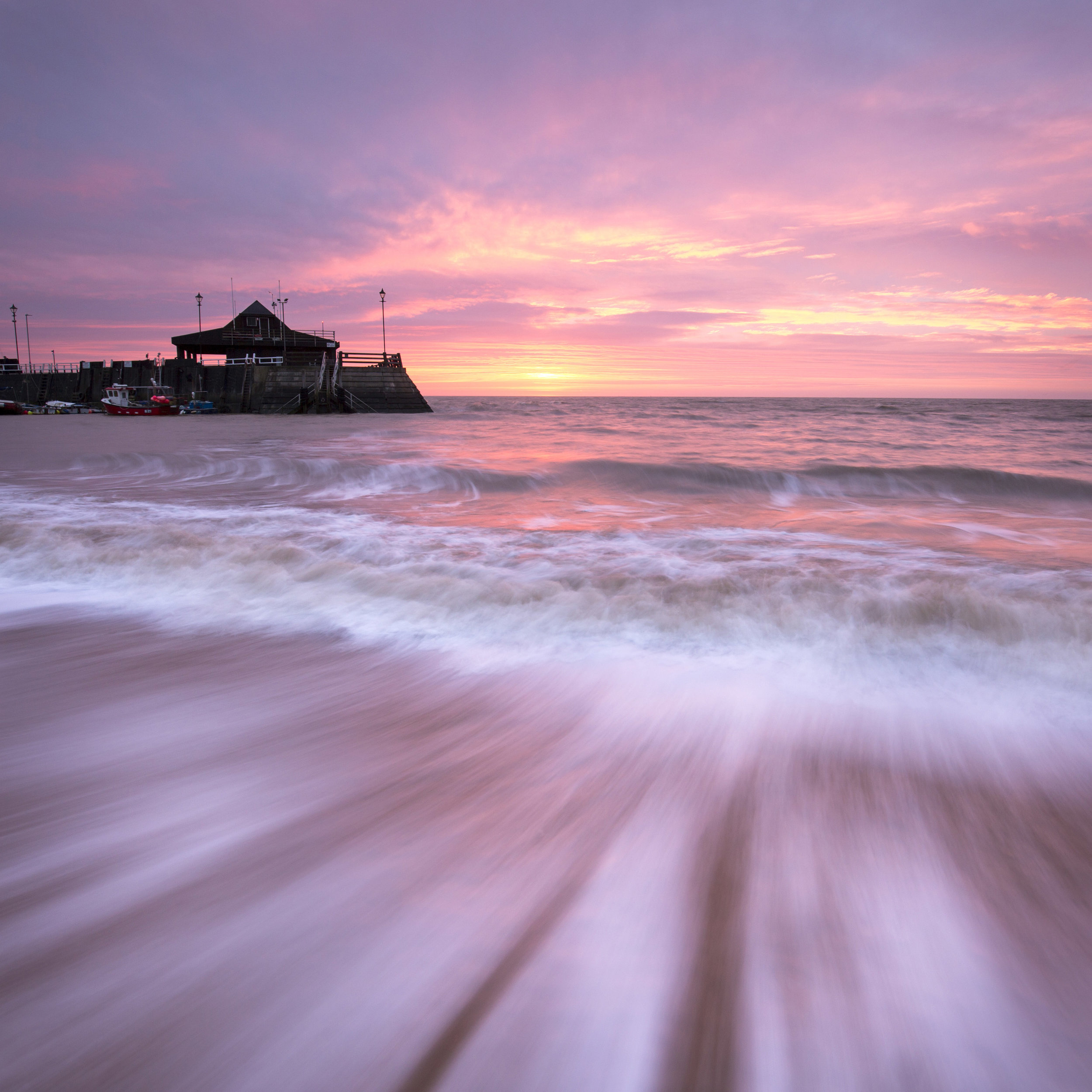 Enter the Broadstairs Online Gallery here.