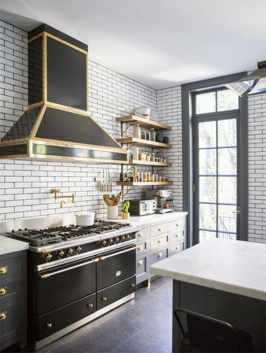 """Photo from """" 5 Things We Can Learn From This Dreamy Luxe Kitchen """" on the  kitchn ."""