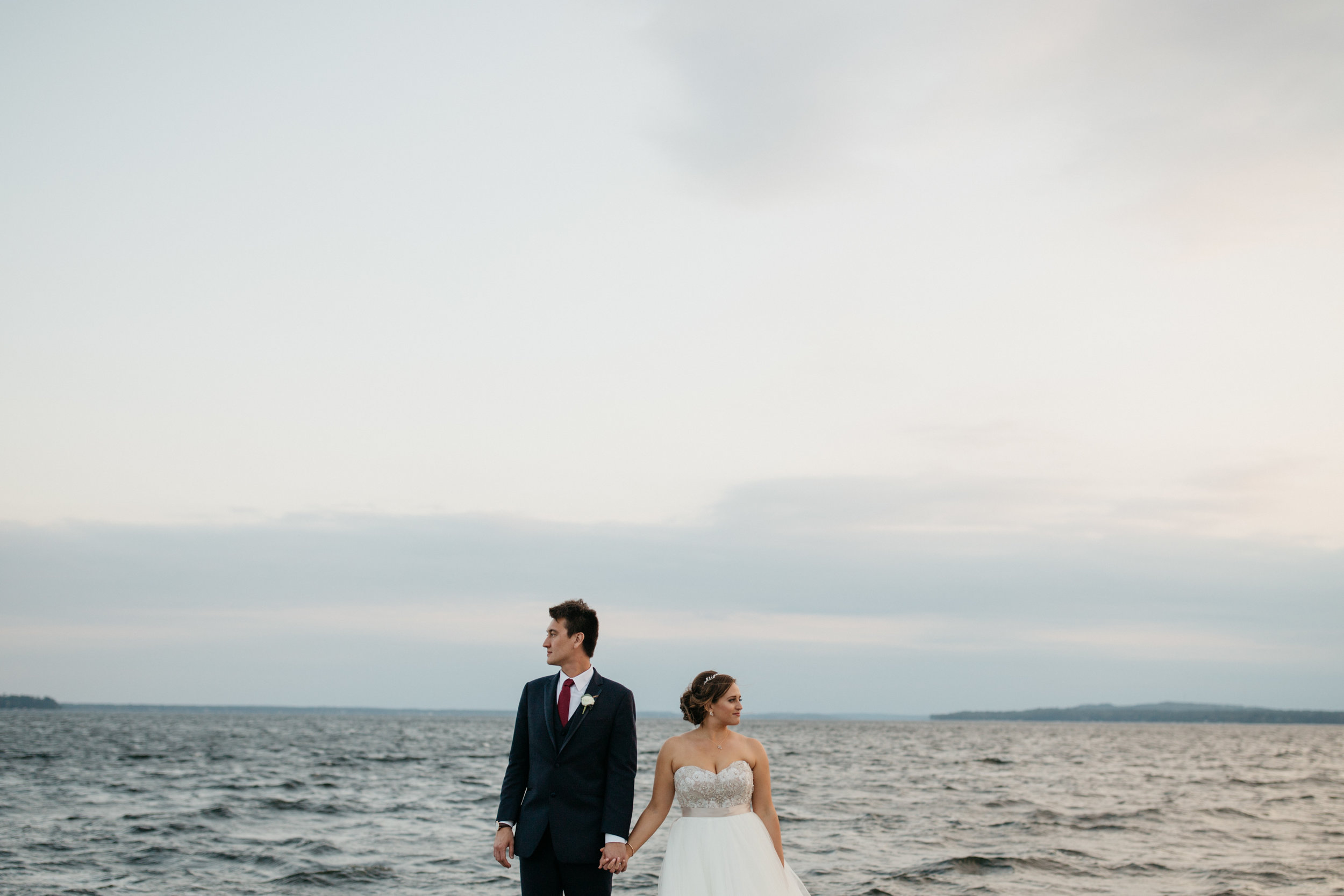Grand View Lodge wedding. Photography by Britt DeZeeuw, modern photographer.