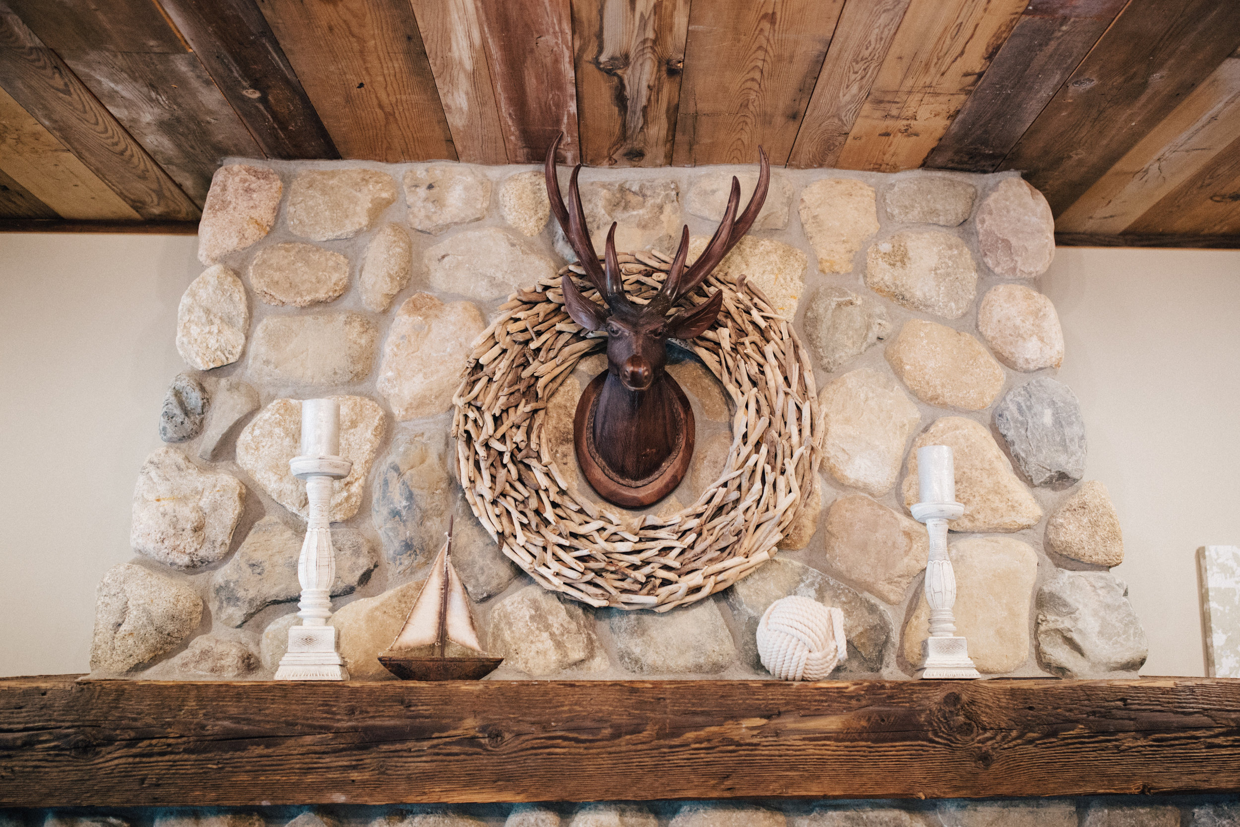 Rustic chic cabin, getting ready wedding location at Grand View Lodge in Nisswa Minnesota