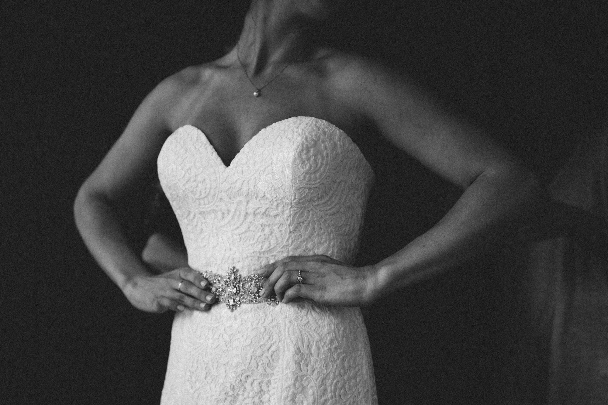 Contemporary wedding photography by Britt DeZeeuw, Grand View Lodge wedding photographer.