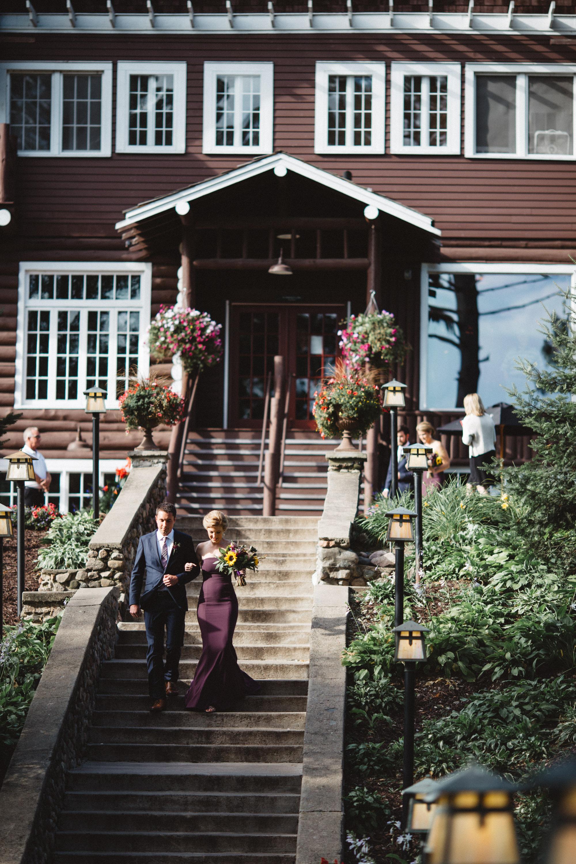 Grand View staircase wedding, photography by Britt DeZeeuw