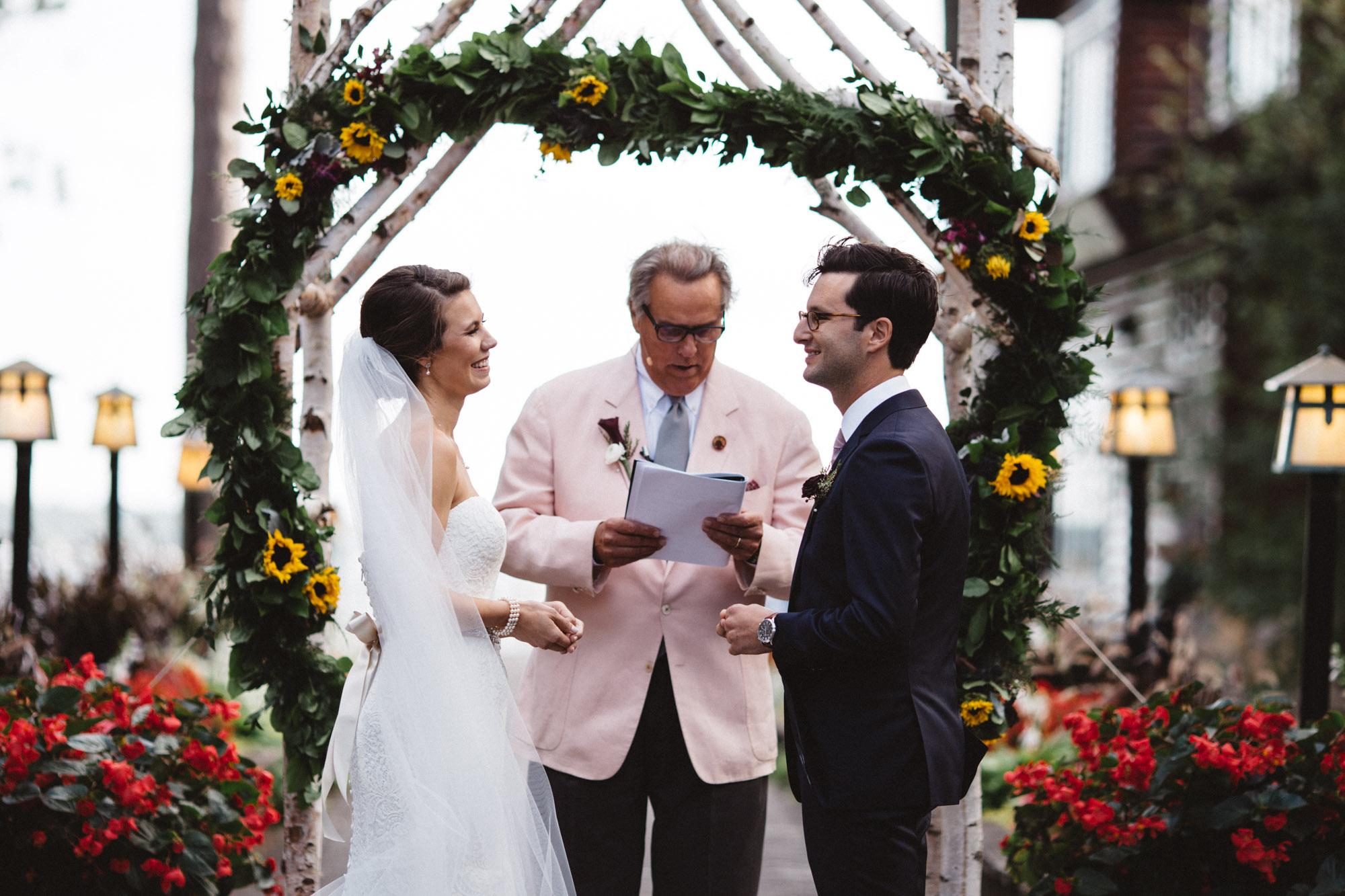 Grand View Lodge wedding photography by Britt DeZeeuw, Brainerd Minnesota fine art photographer