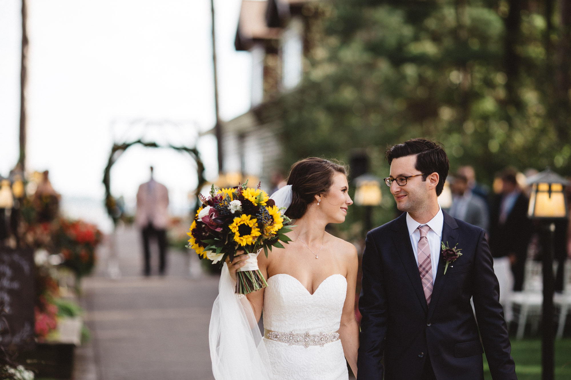 Timeless wedding photography at Grand View Lodge by Britt DeZeeuw, Brainerd MN photographer
