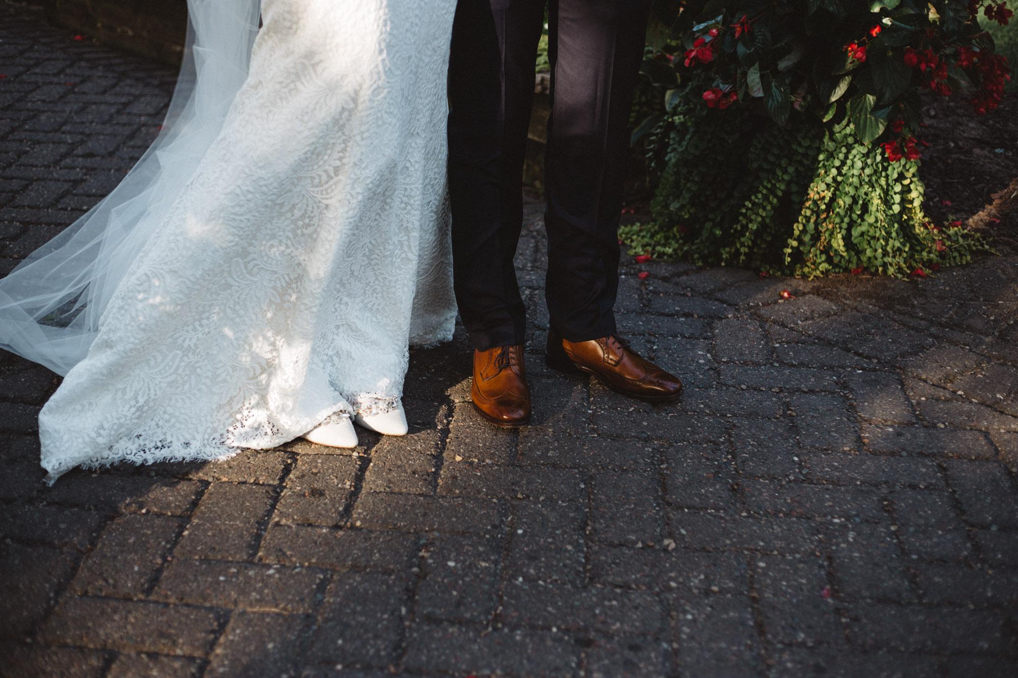 Unconventional destination wedding photography by Britt DeZeeuw, Grand View Lodge wedding photographer