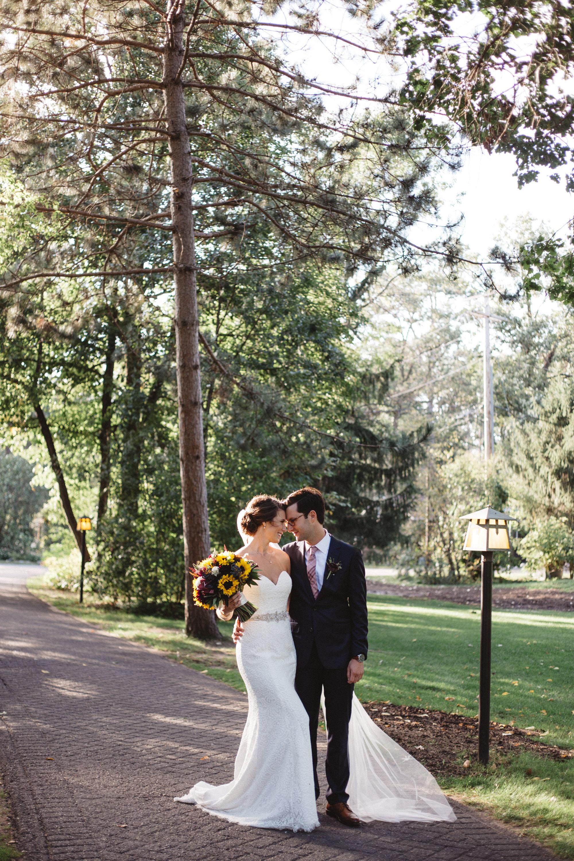 Editorial wedding photography at Grand View Lodge by Britt DeZeeuw, Brainerd Minnesota photographer
