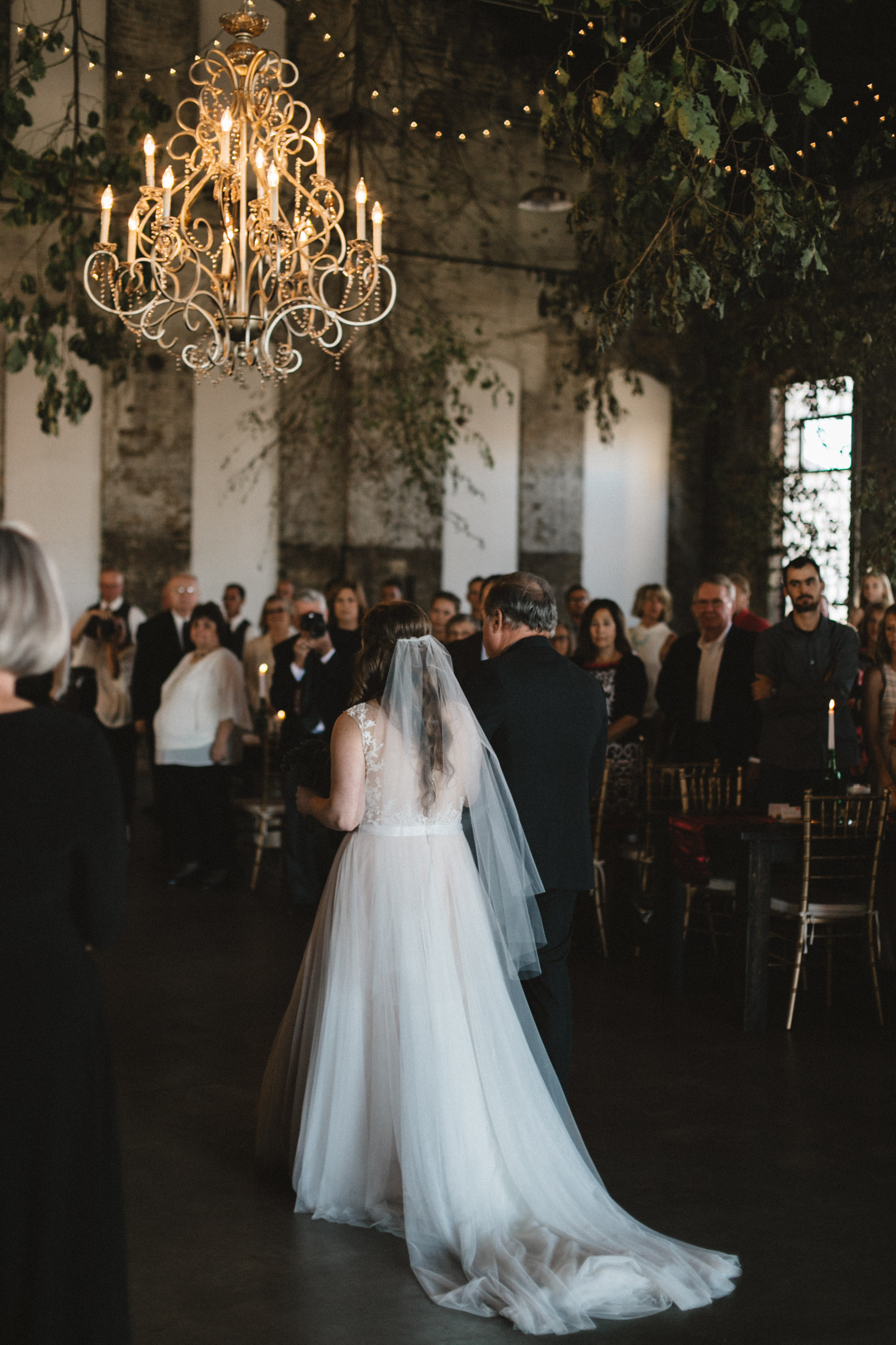 Epic warehouse wedding at the NP Event Space, photography by Britt DeZeeuw