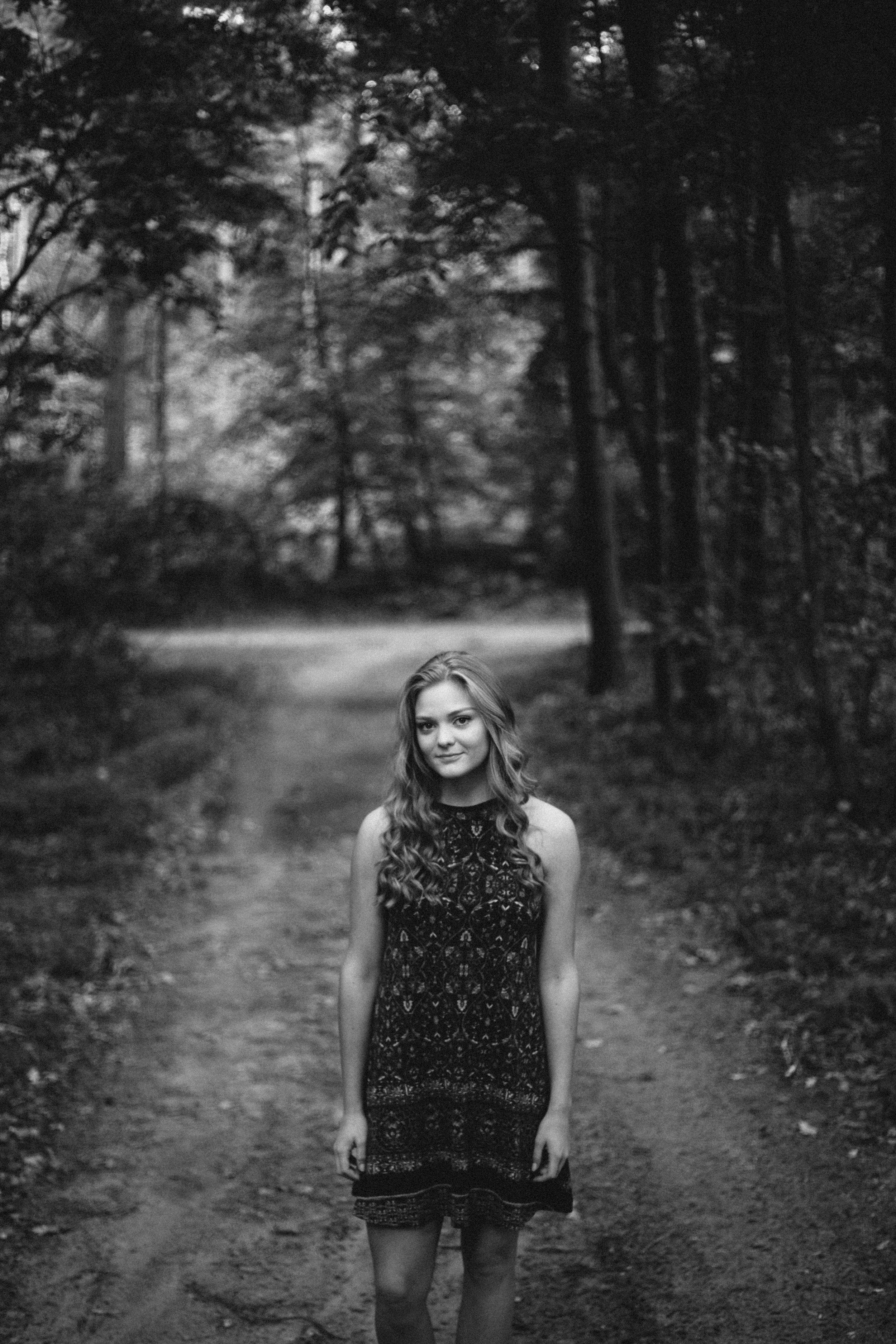 Brainerd Minnesota black and white artistic high school senior portrait photographed by Britt DeZeeuw