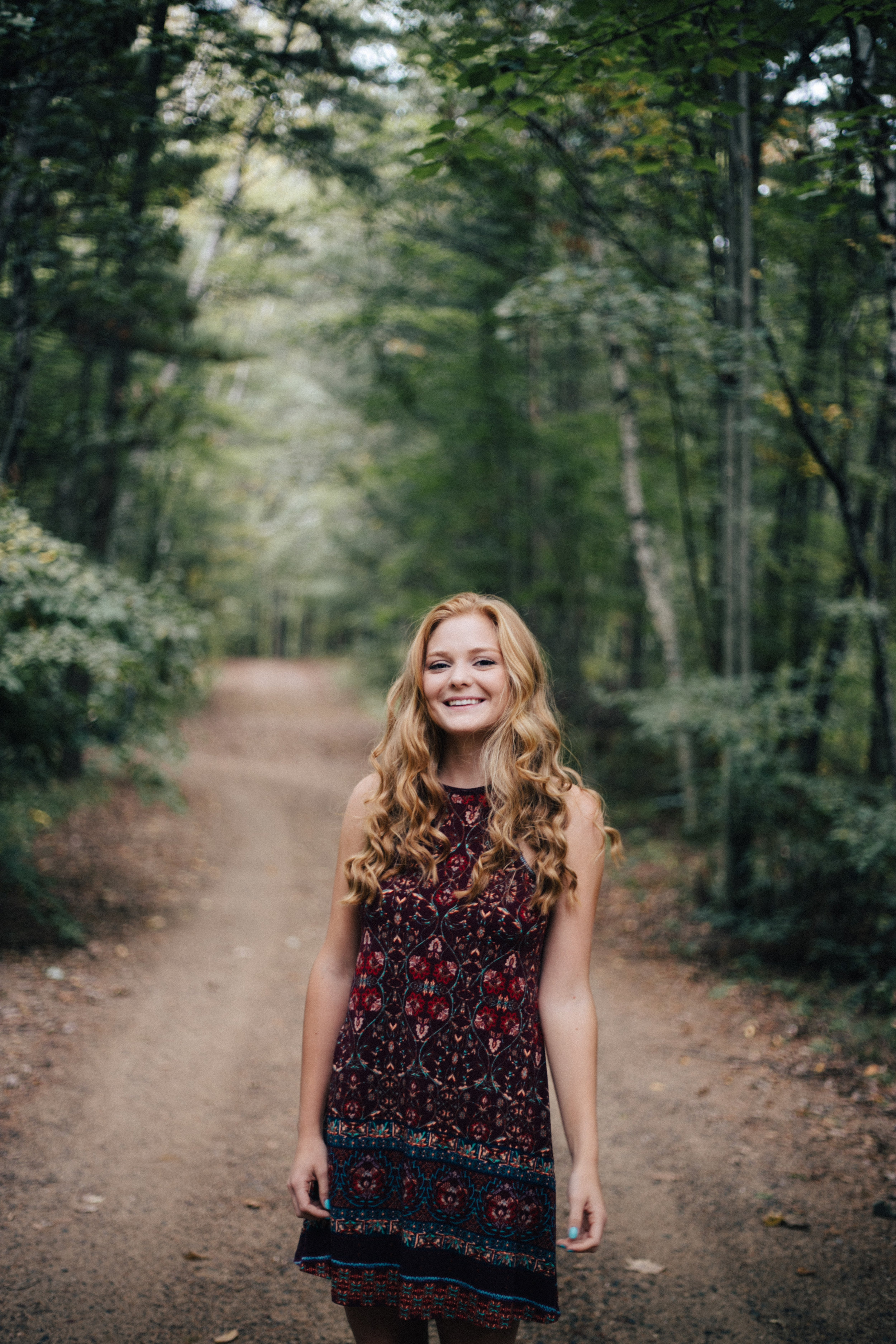 Unique outdoor high school senior portrait session by Britt DeZeeuw, Brainerd Minnesota photographer