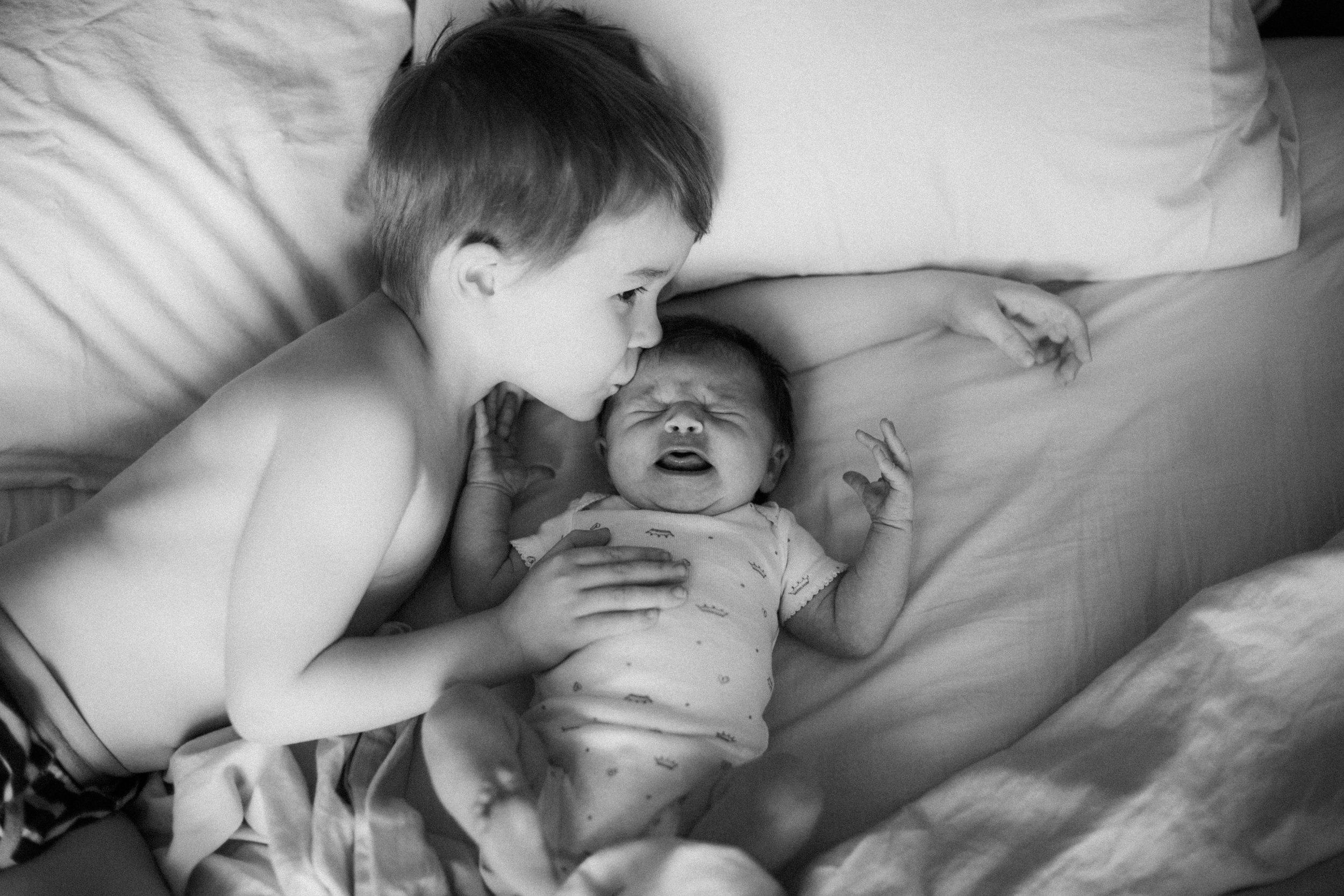 In home lifestyle family photography by Britt DeZeeuw, Brainerd Minnesota photographer