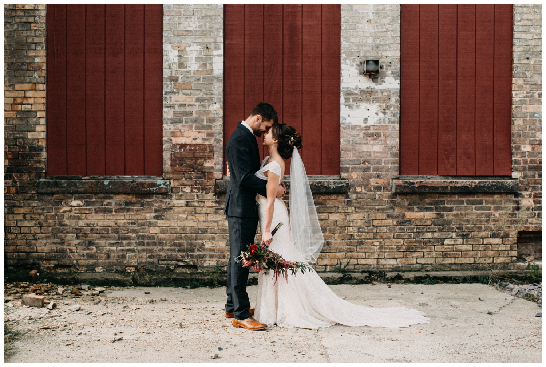 Romantic wedding at the NP Event Space by Britt DeZeeuw