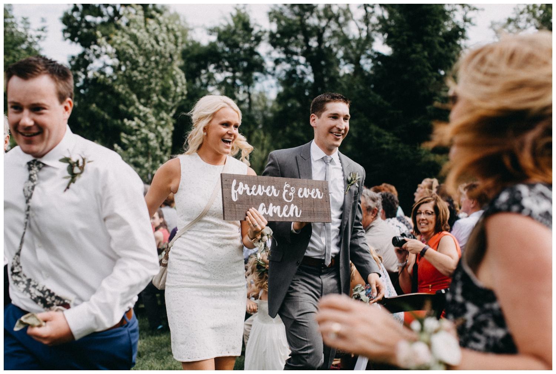 Candid wedding photography at Creekside Farm in Rush City, Minnesota by Britt DeZeeuw