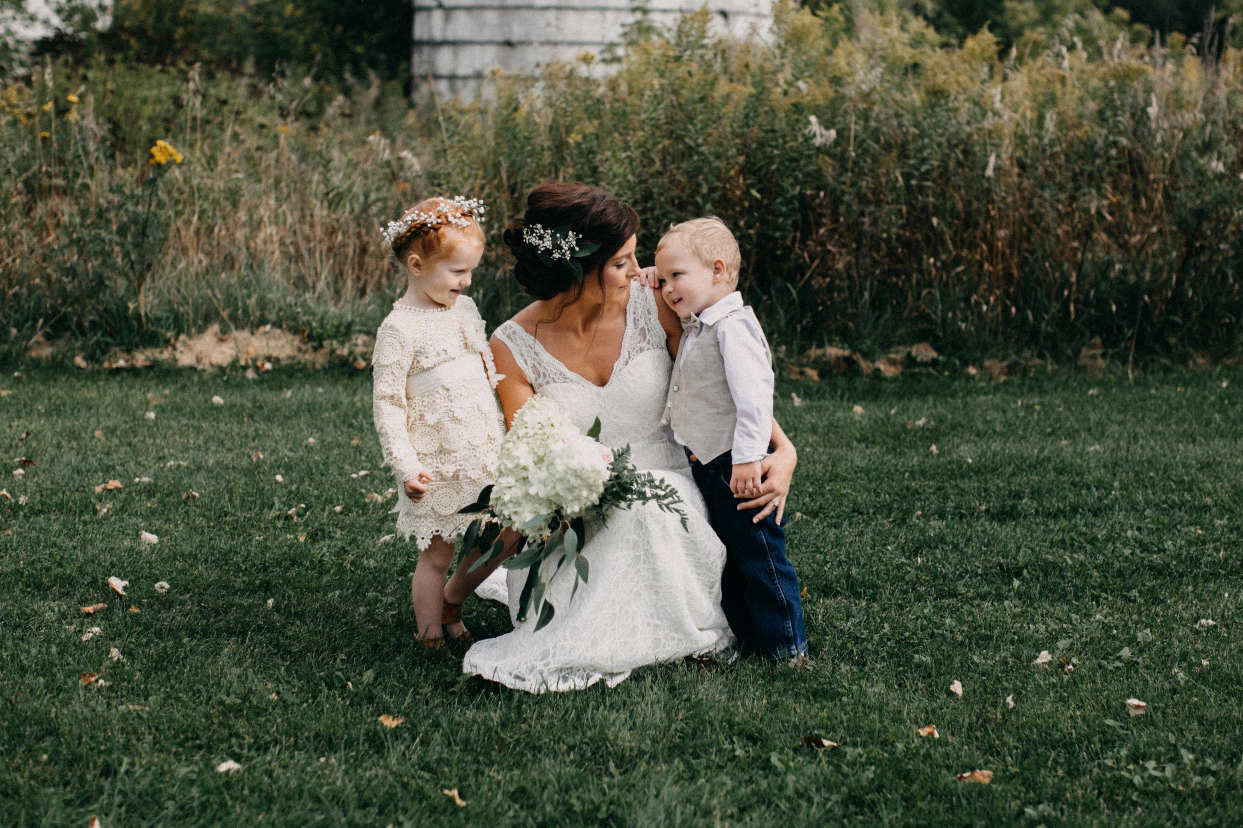 minnesota-barn-wedding_24.jpg