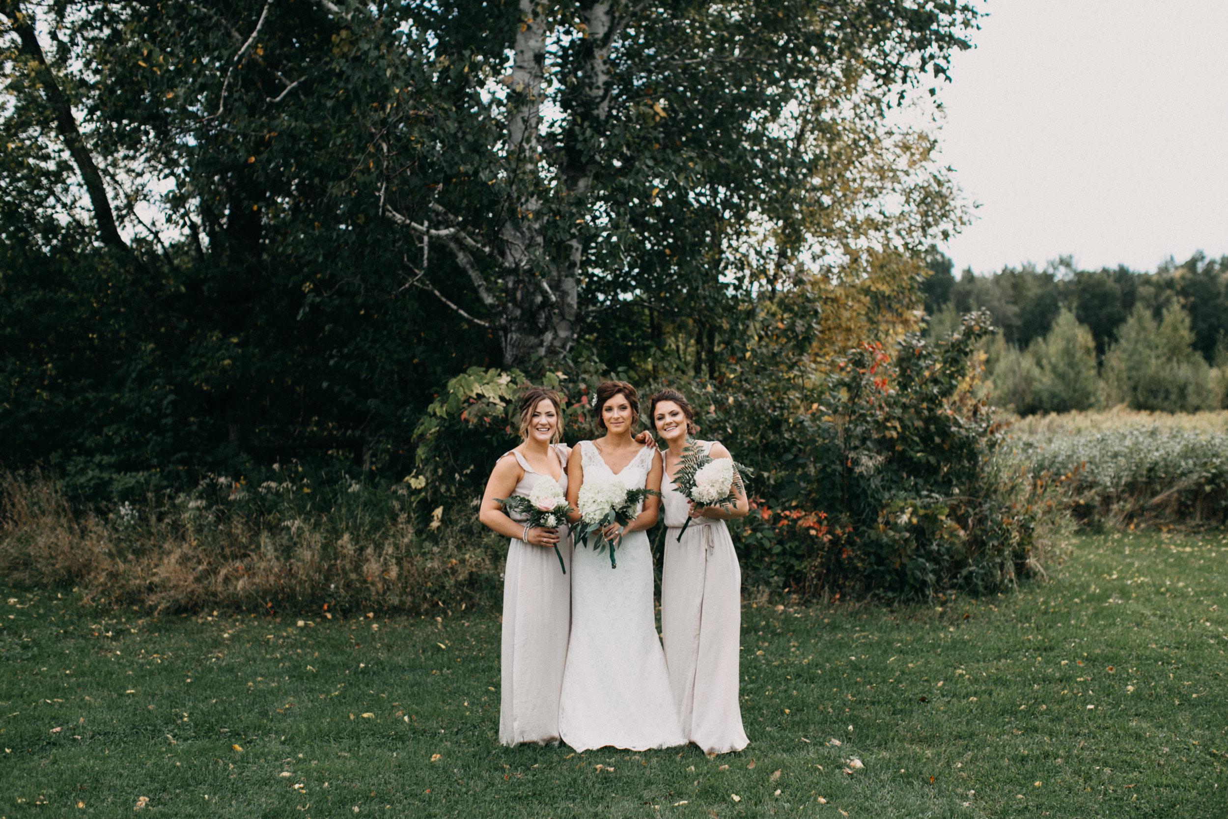Intimate barn wedding in Brainerd Minnesota