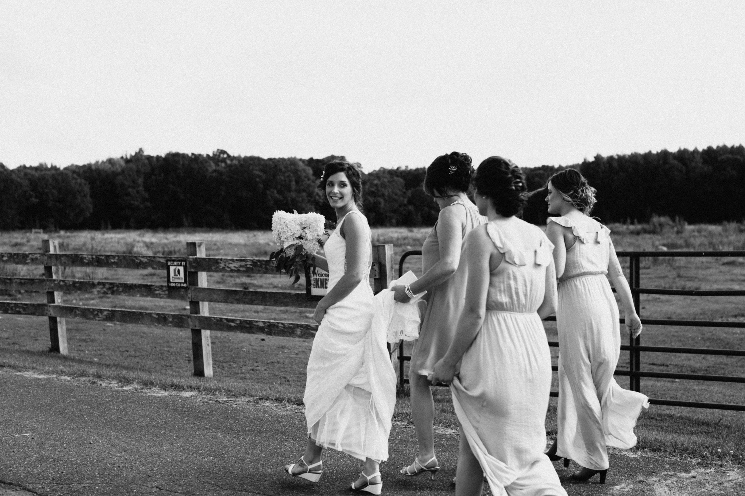 Family farm wedding in Brainerd Minnesota