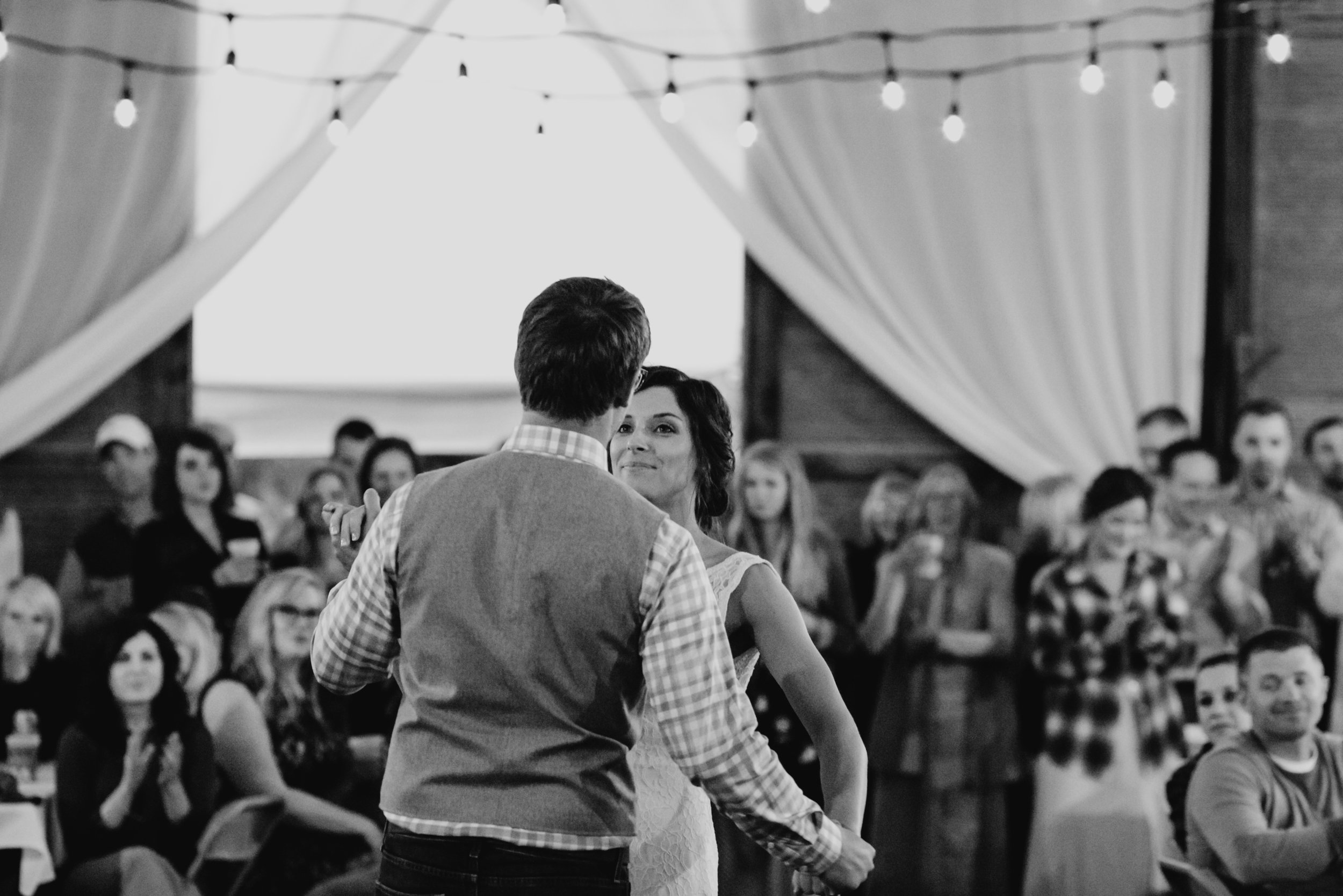 Barn wedding reception in Brainerd MN