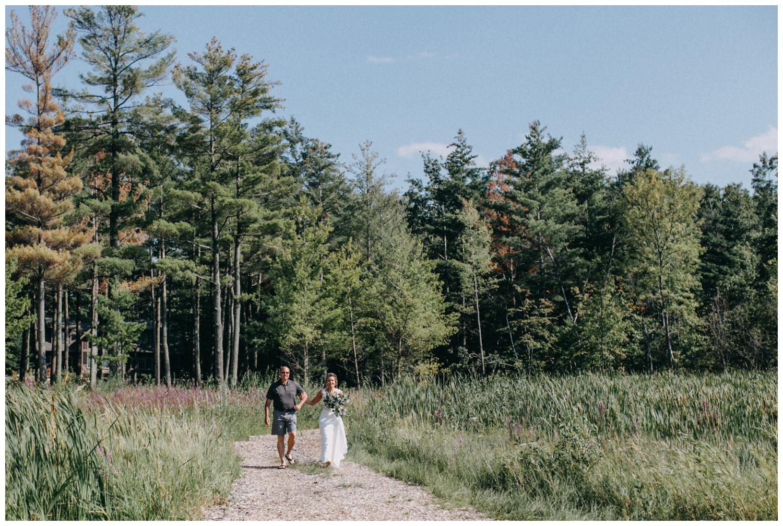 Summer wedding on lake Edward in Brainerd Minnesota