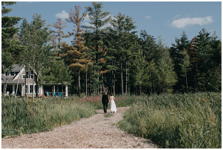 Northern MN lake cottage wedding by Britt DeZeeuw