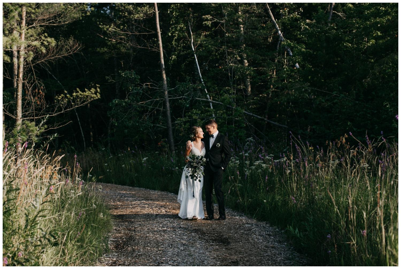 Intimate destination wedding on Lake Edward photographed by Britt DeZeeuw