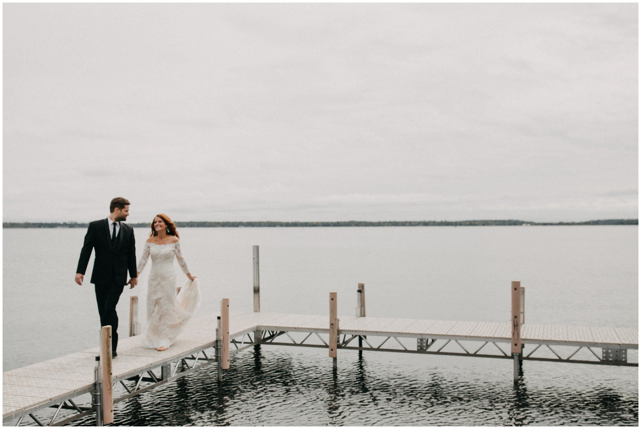 Lakeside wedding at Cabin on Gull Lake