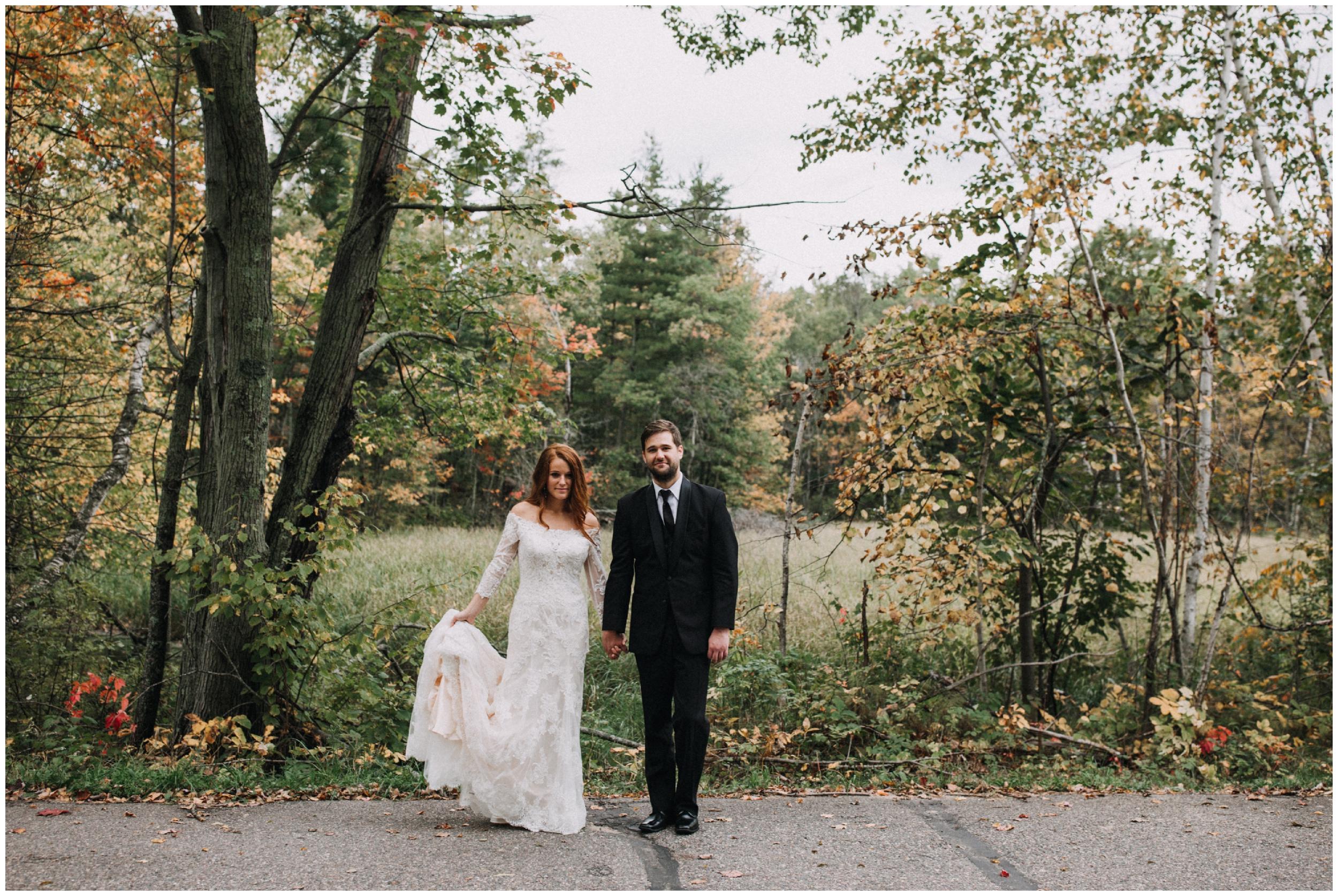 Minnesota fall wedding at cabin on Gull Lake