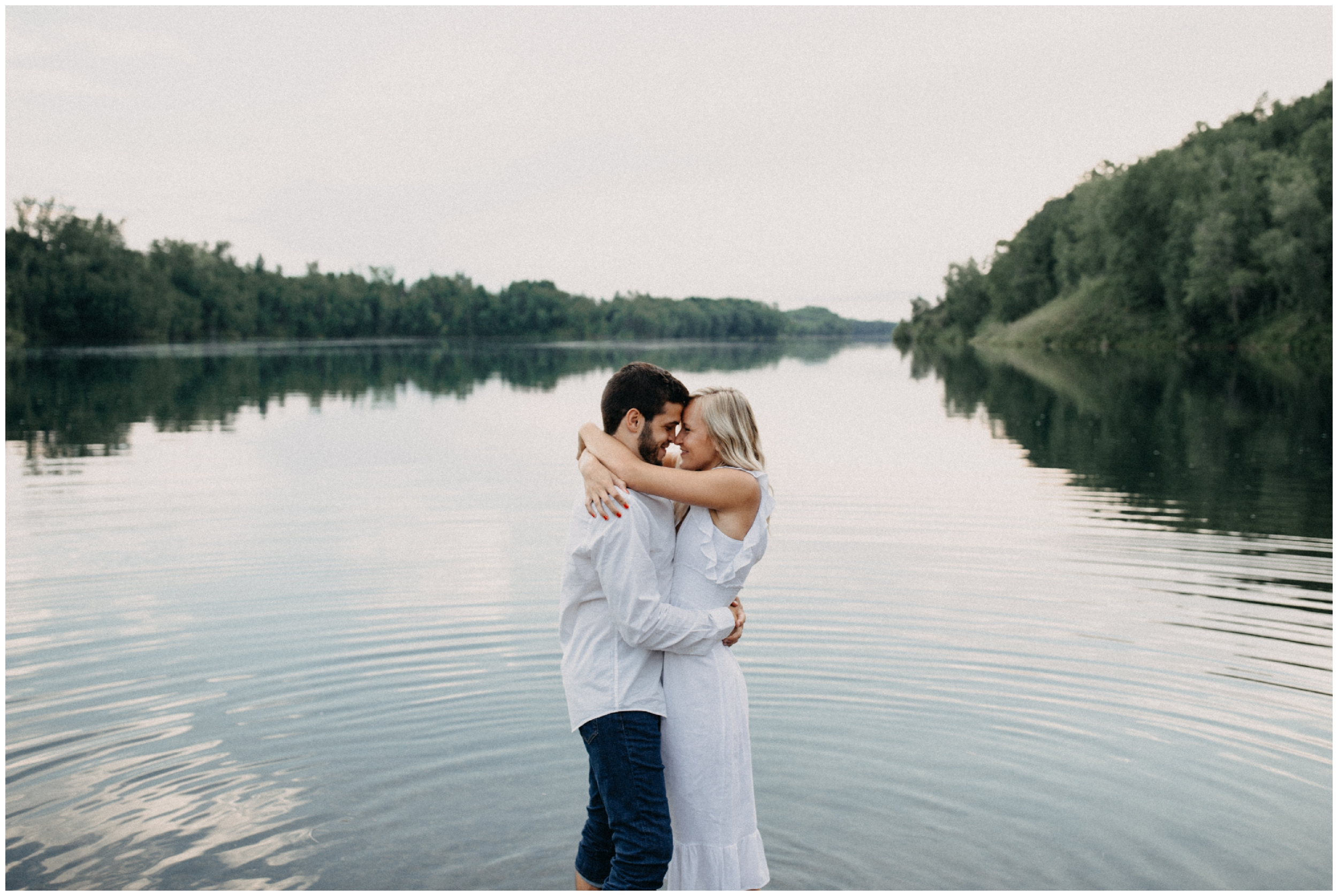 A beautiful engagement session photographed by Brainerd Minnesota wedding photographer Britt DeZeeuw