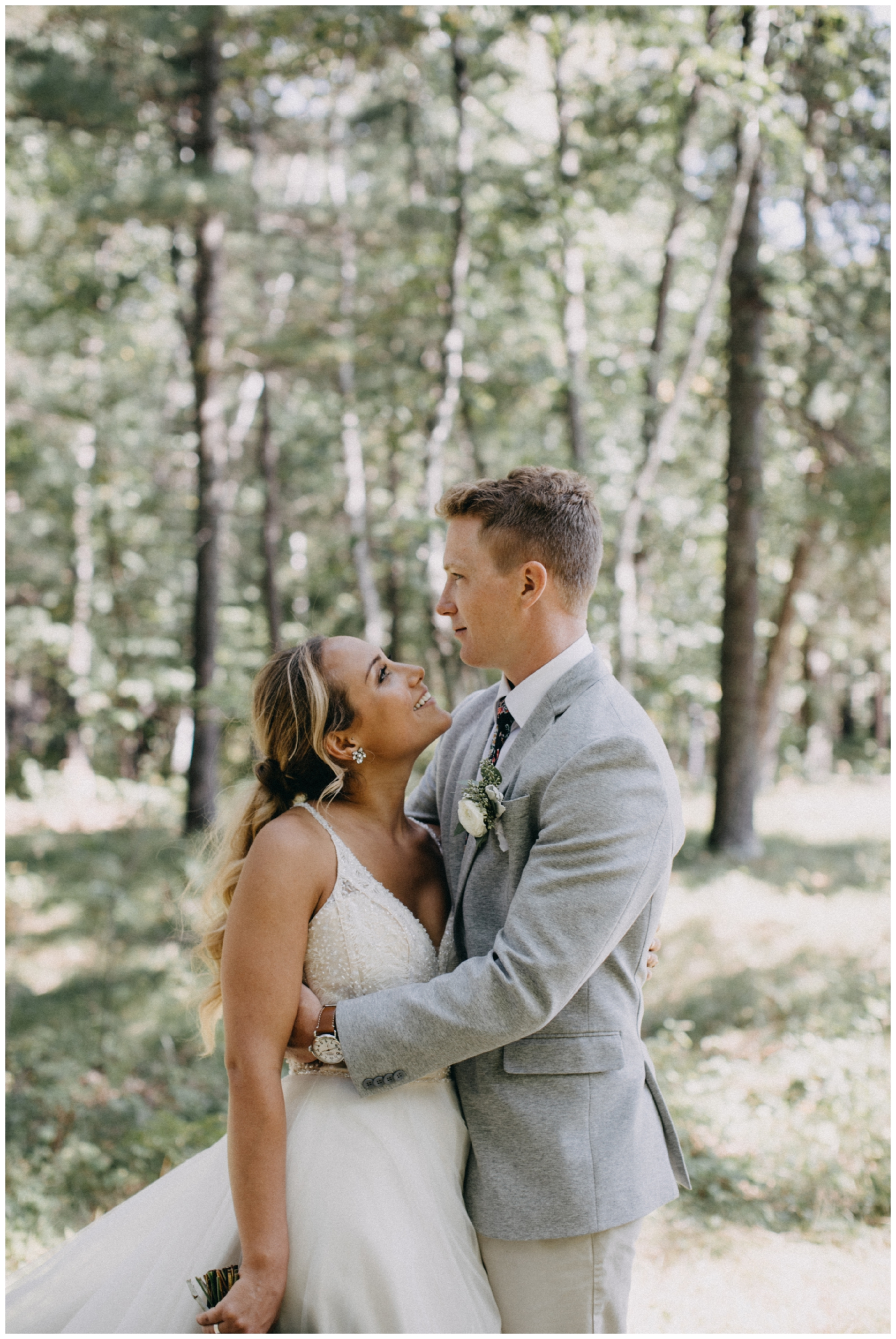 Romantic summer wedding at Camp Foley in Pine River MN photographed by Britt DeZeeuw