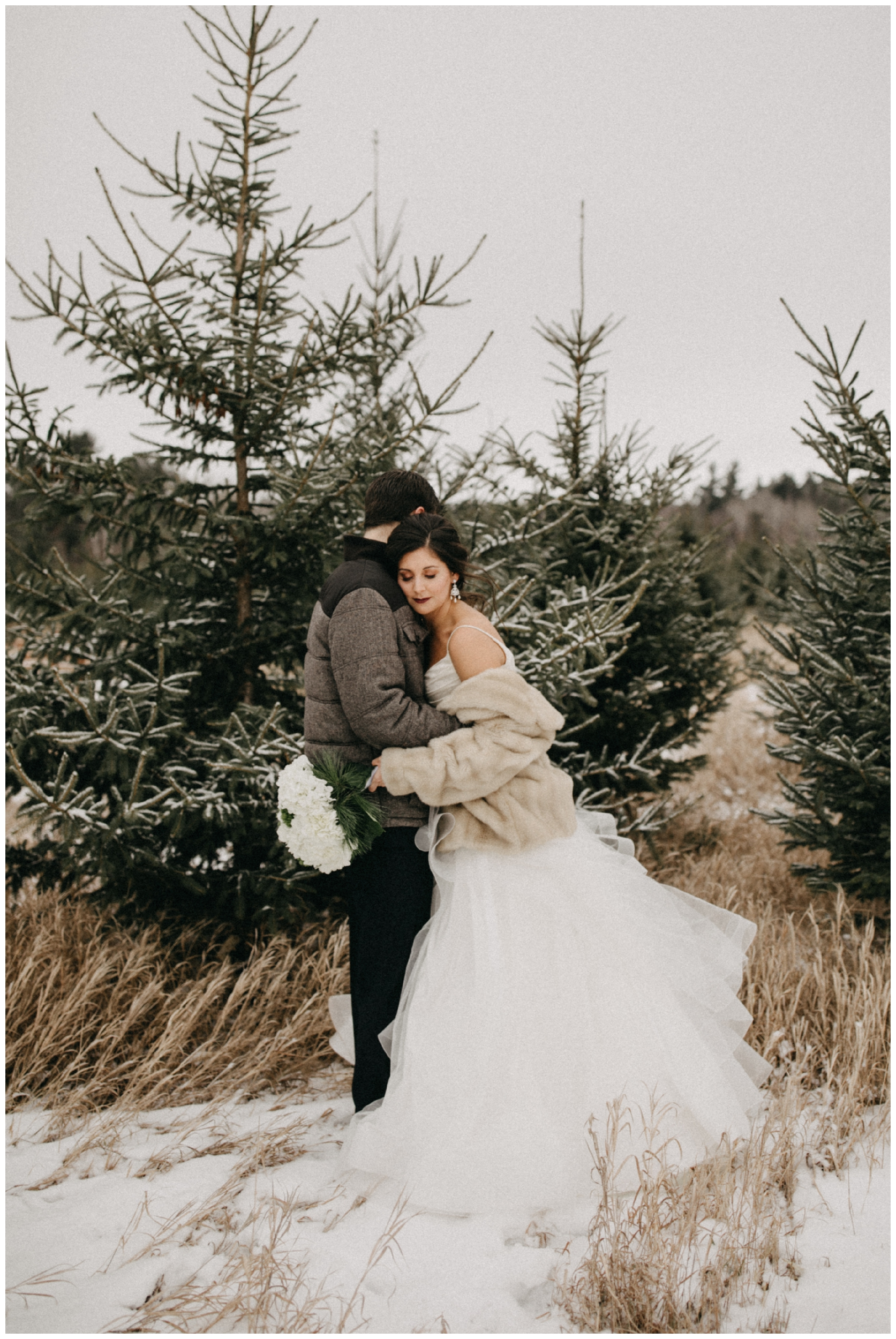 Whimsical winter wedding in Crosslake Minnesota photographed by Britt DeZeeuw