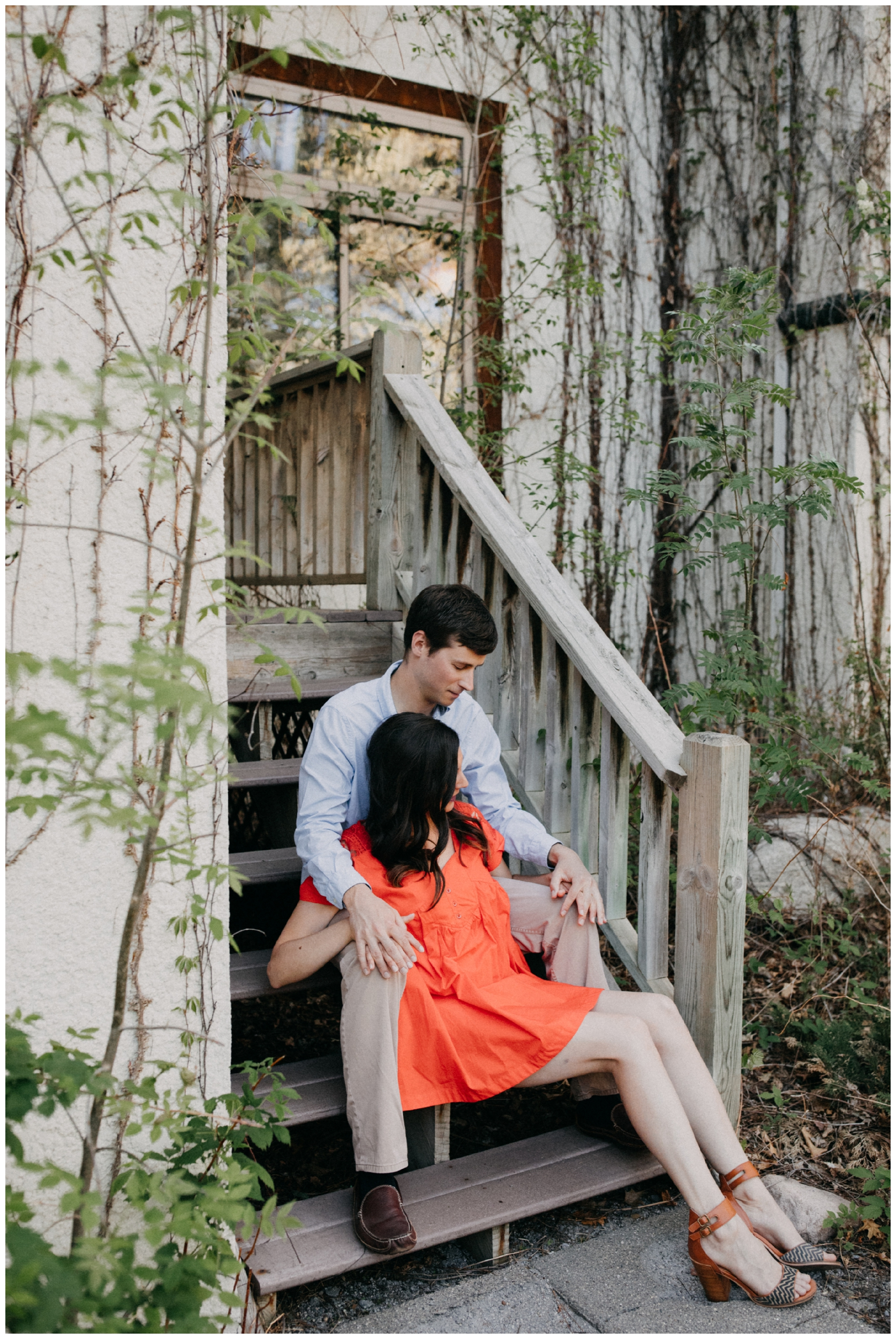 Summer engagement session in Crosslake Minnesota photographed by Britt DeZeeuw