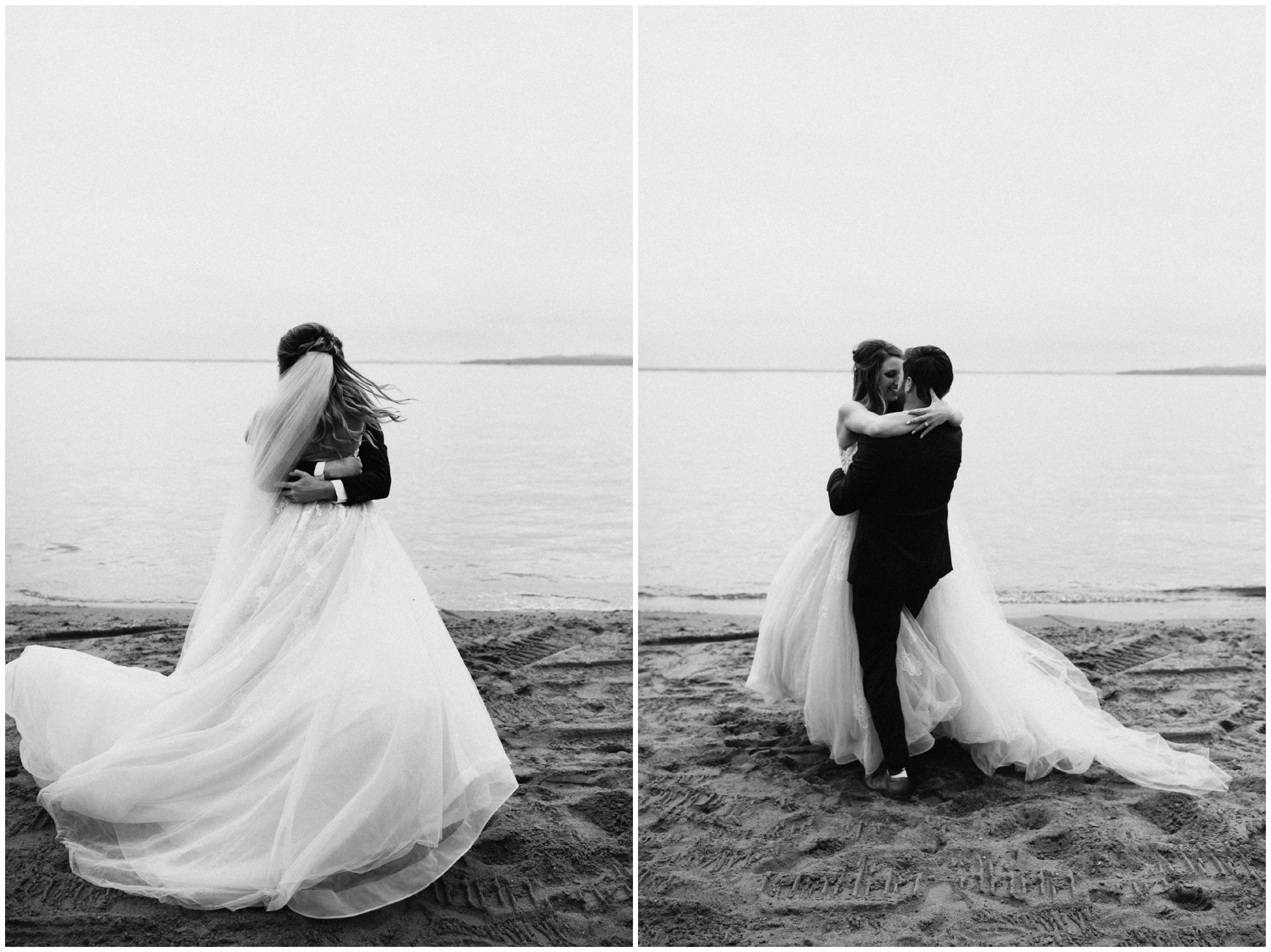 Minnesota lakeside wedding on Gull Lake photographed by Britt DeZeeuw