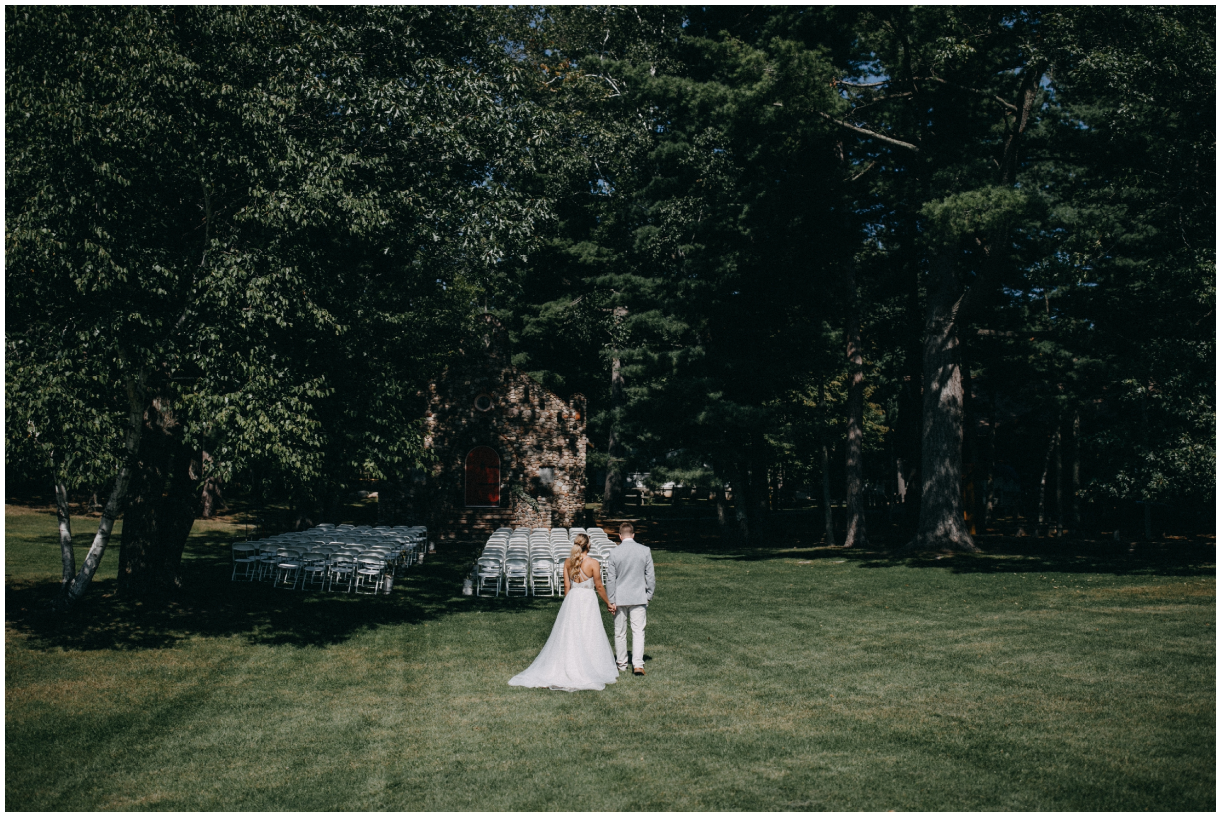 Summer wedding at Camp Foley in Pine River photographed by Britt DeZeeuw