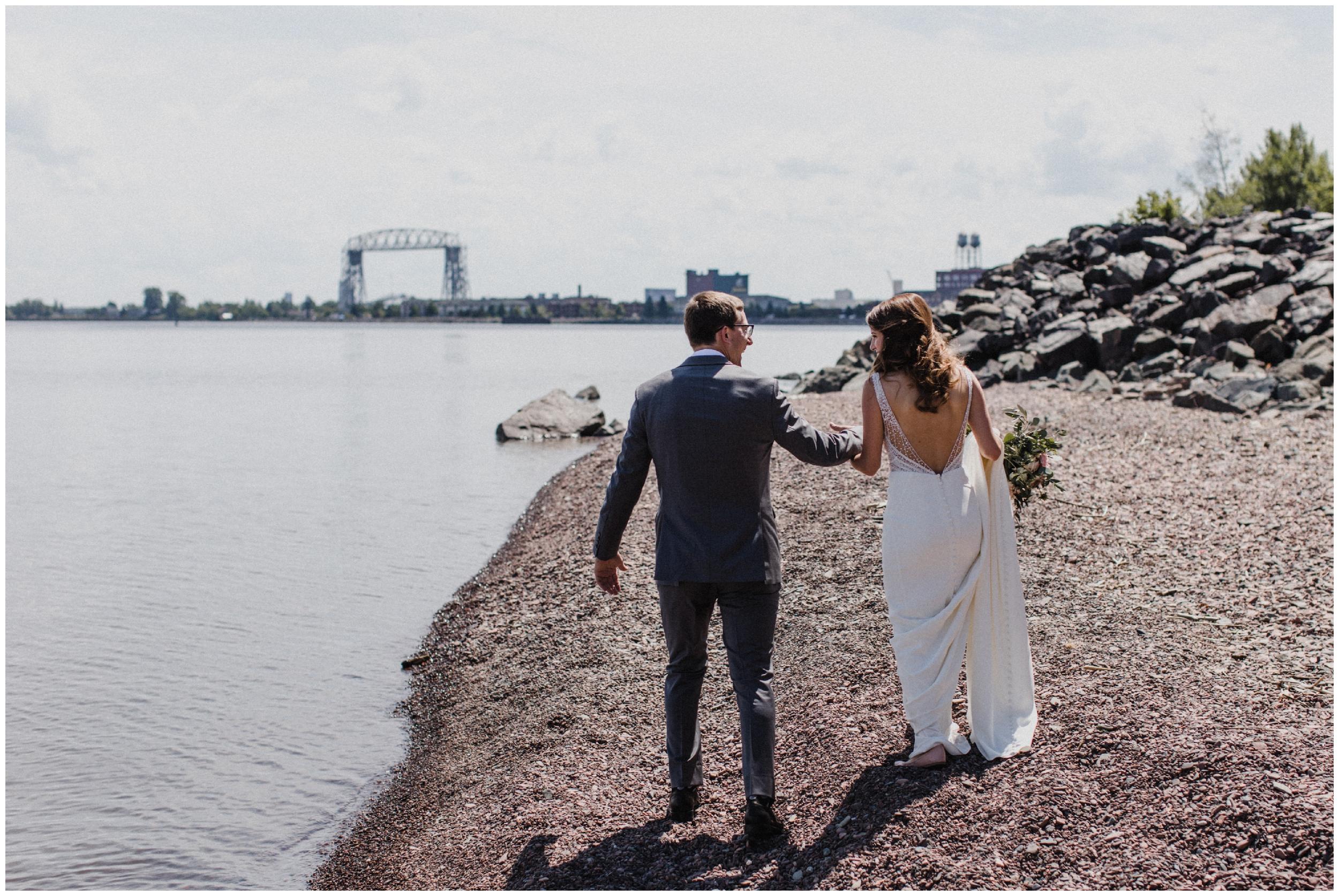 North shore wedding in Duluth photographed by Britt DeZeeuw