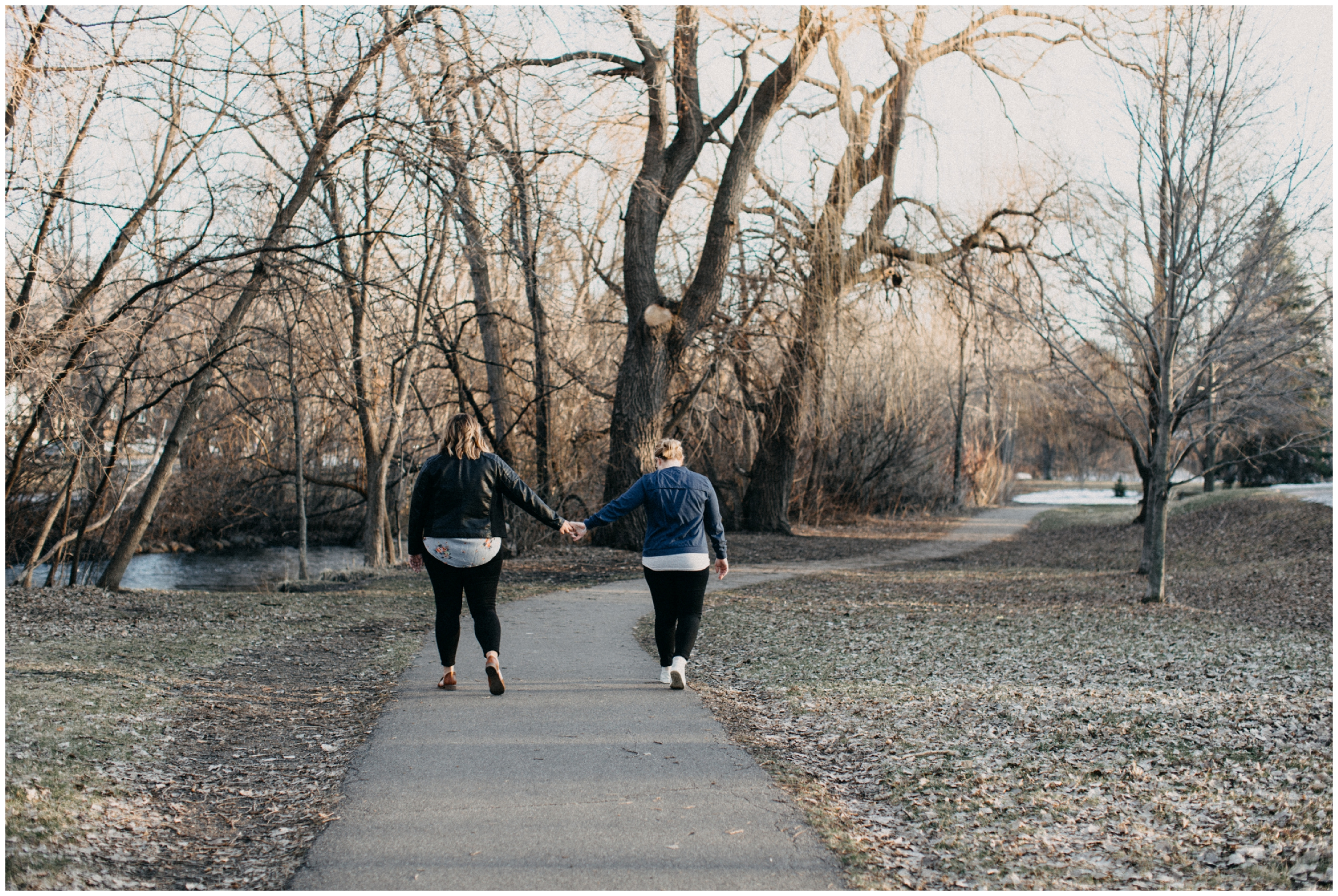 Minneapolis outdoor engagement session at Minnehaha park