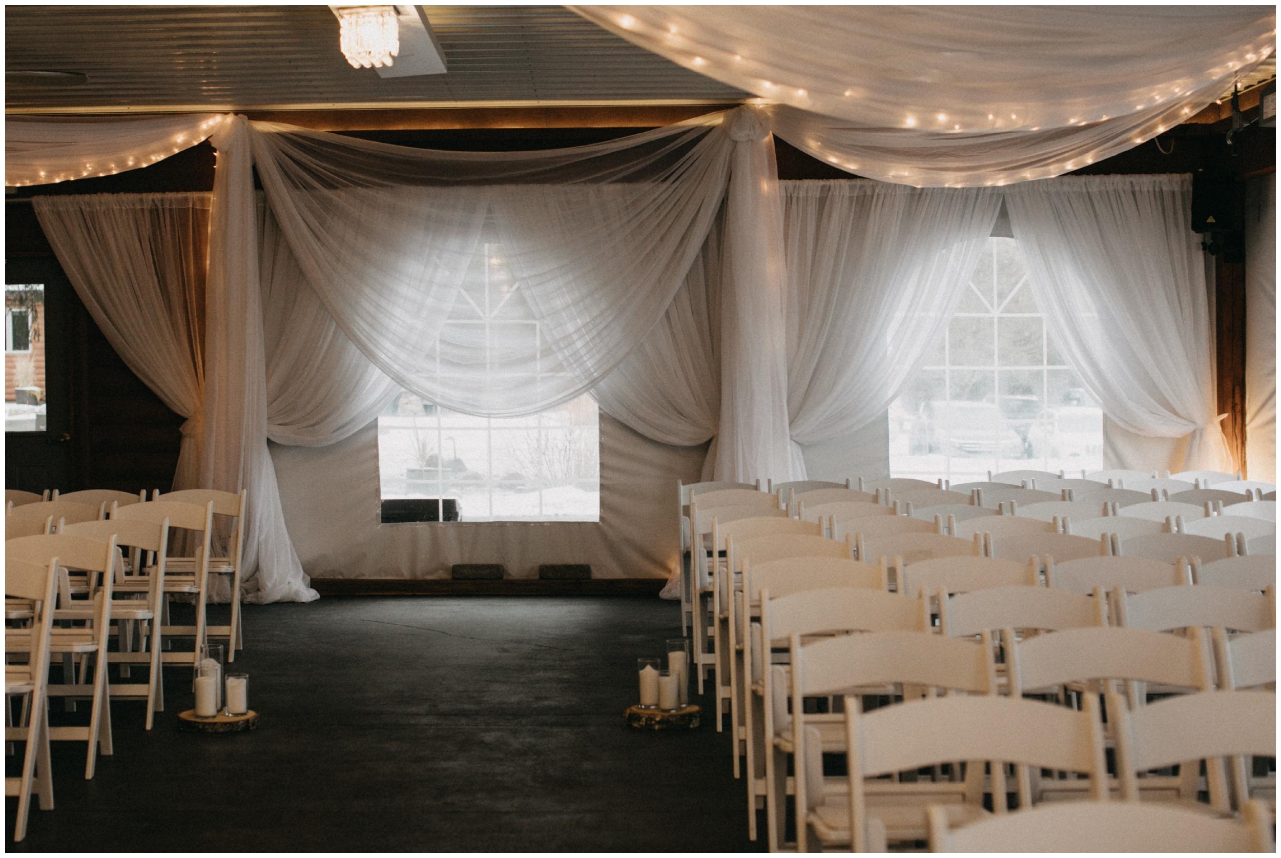pine-peaks-winter-wedding-ceremony-33.jpg