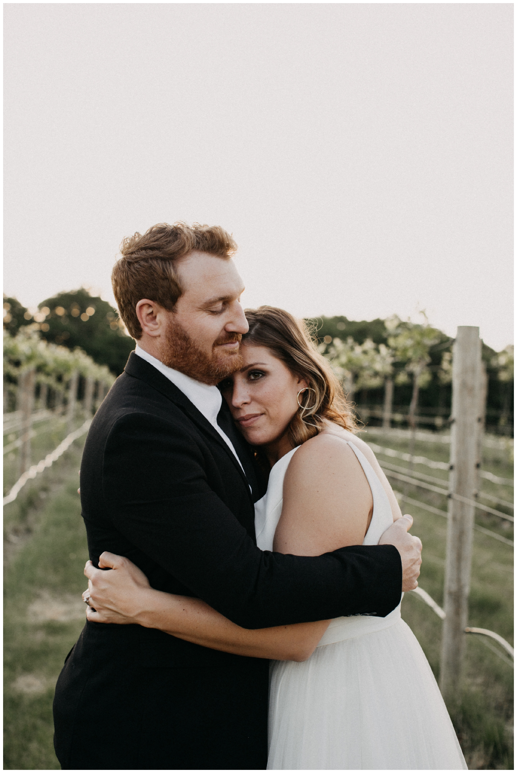 Romantic winery wedding in Minnesota