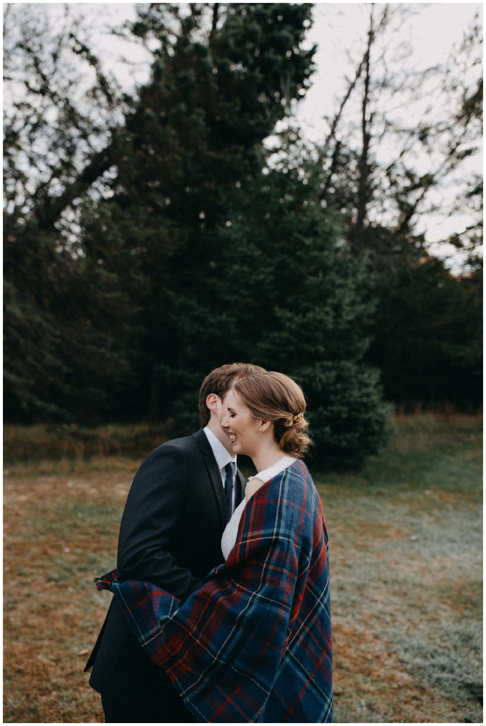 Cozy fall wedding at the Northland Arboretum