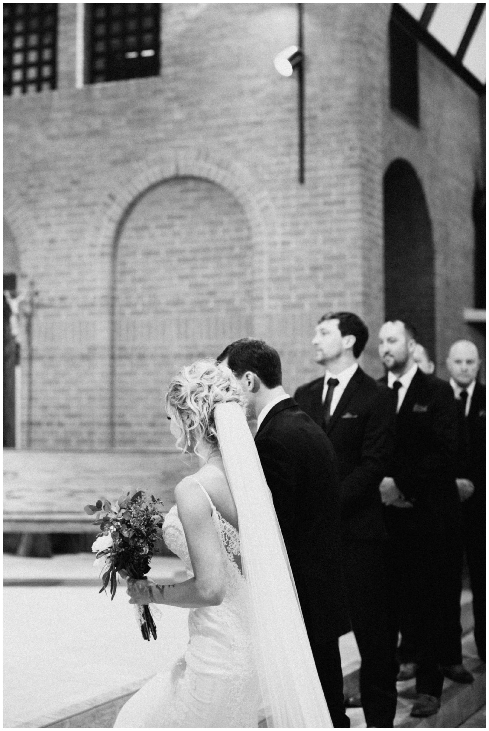 winter-wedding-craguns-resort-brainerd_0249.jpg