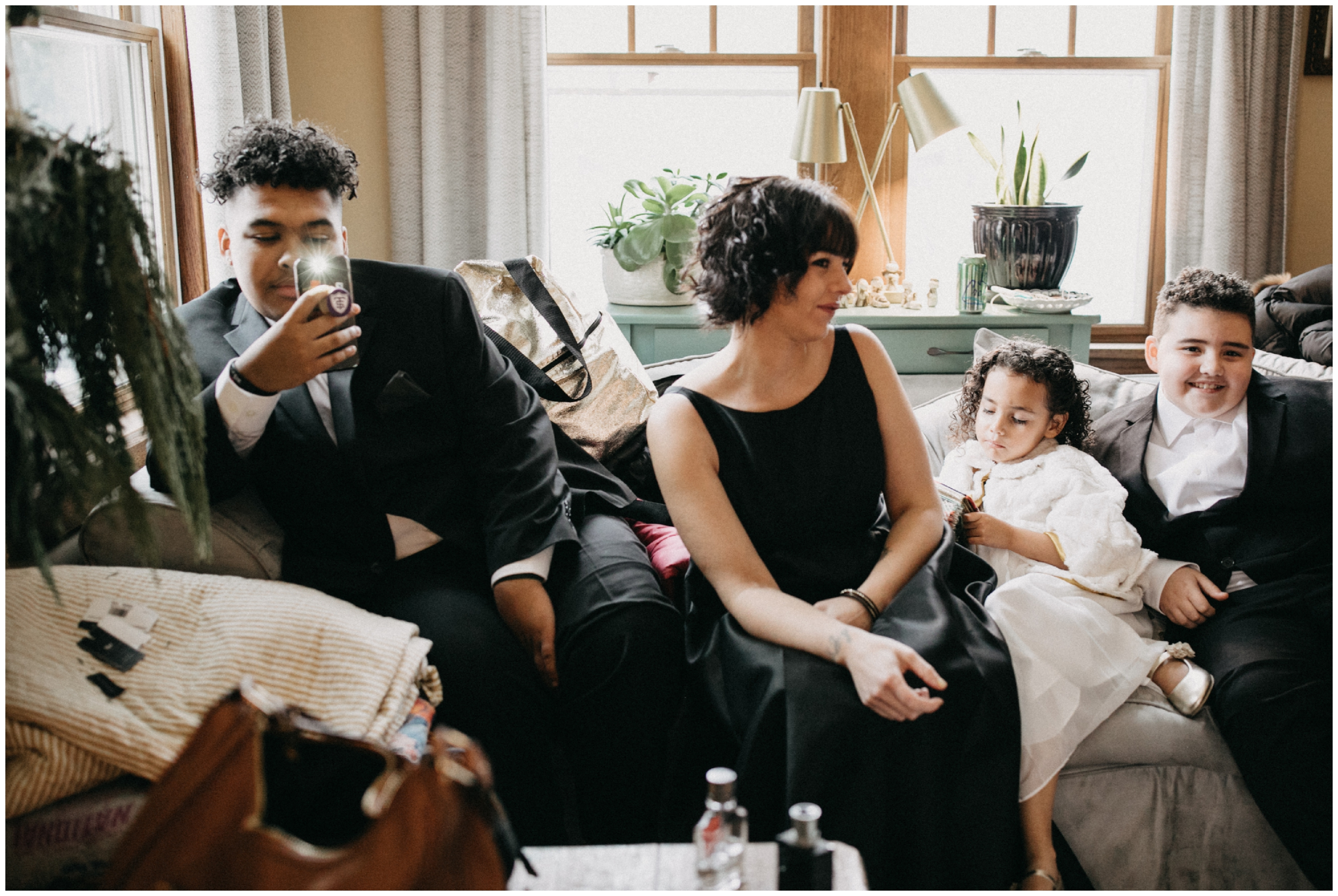 Bride's family relaxing at home in Minneapolis before the wedding