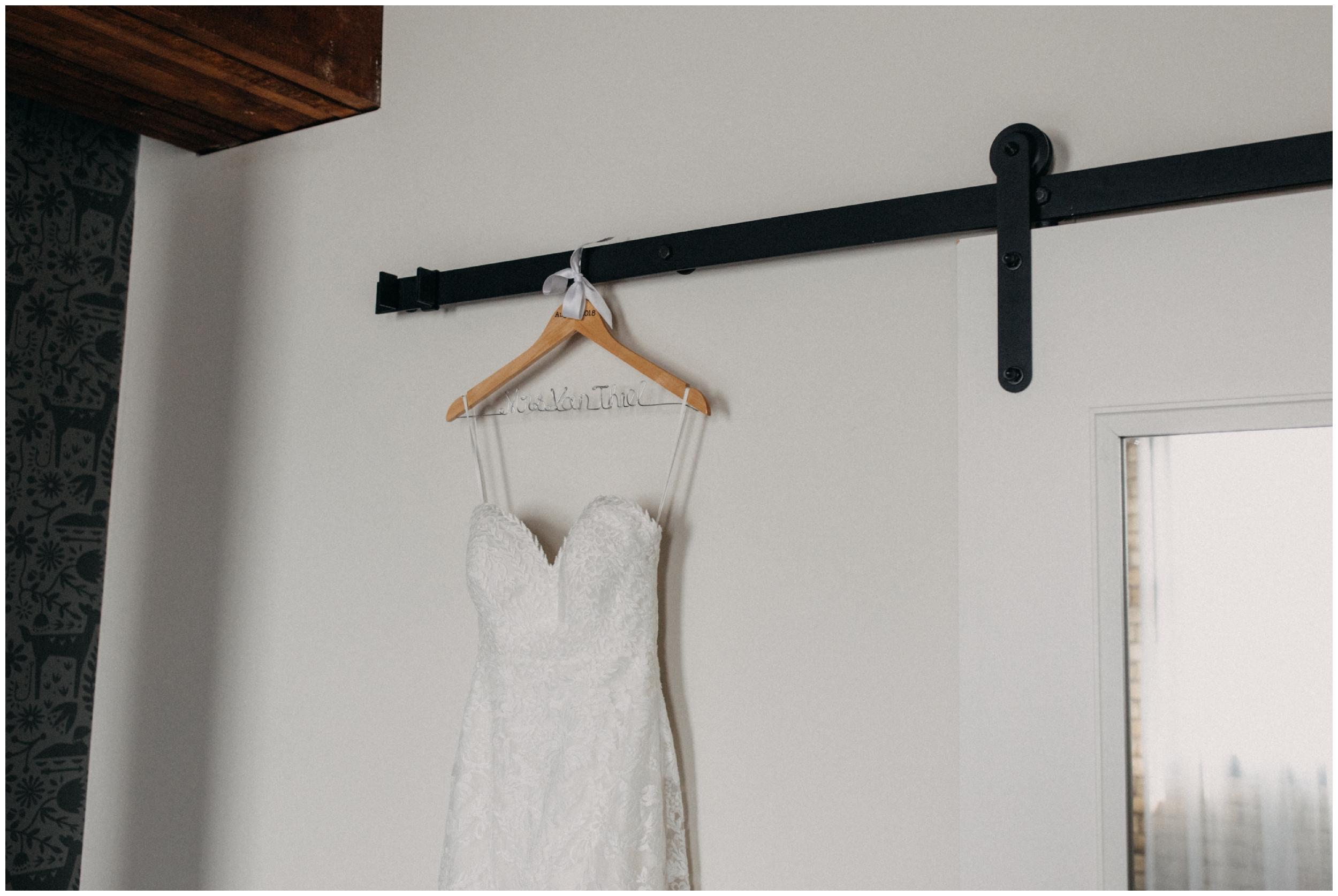 hewing-hotel-wedding-getting-ready_0008.jpg