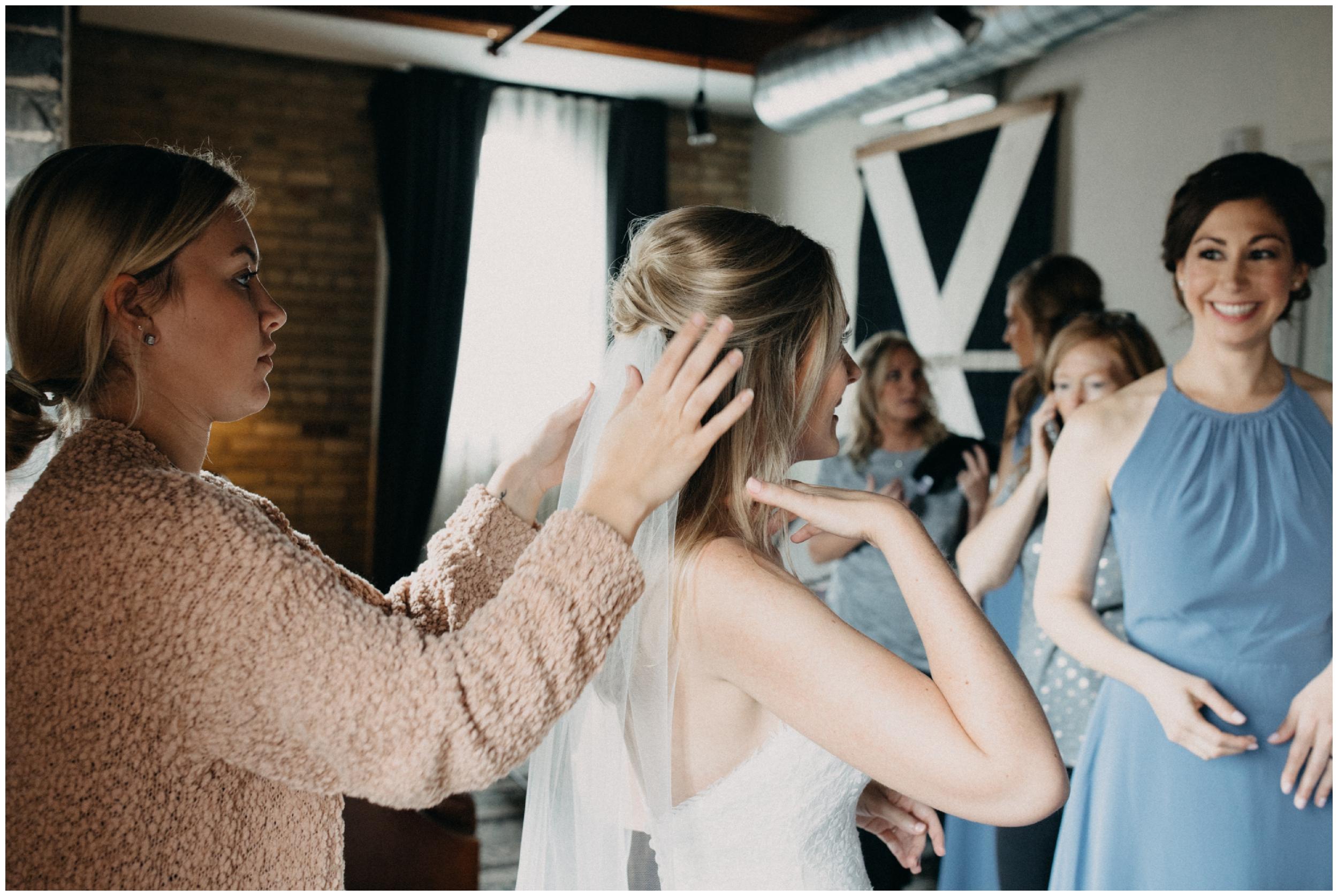 hewing-hotel-wedding-getting-ready_0018.jpg