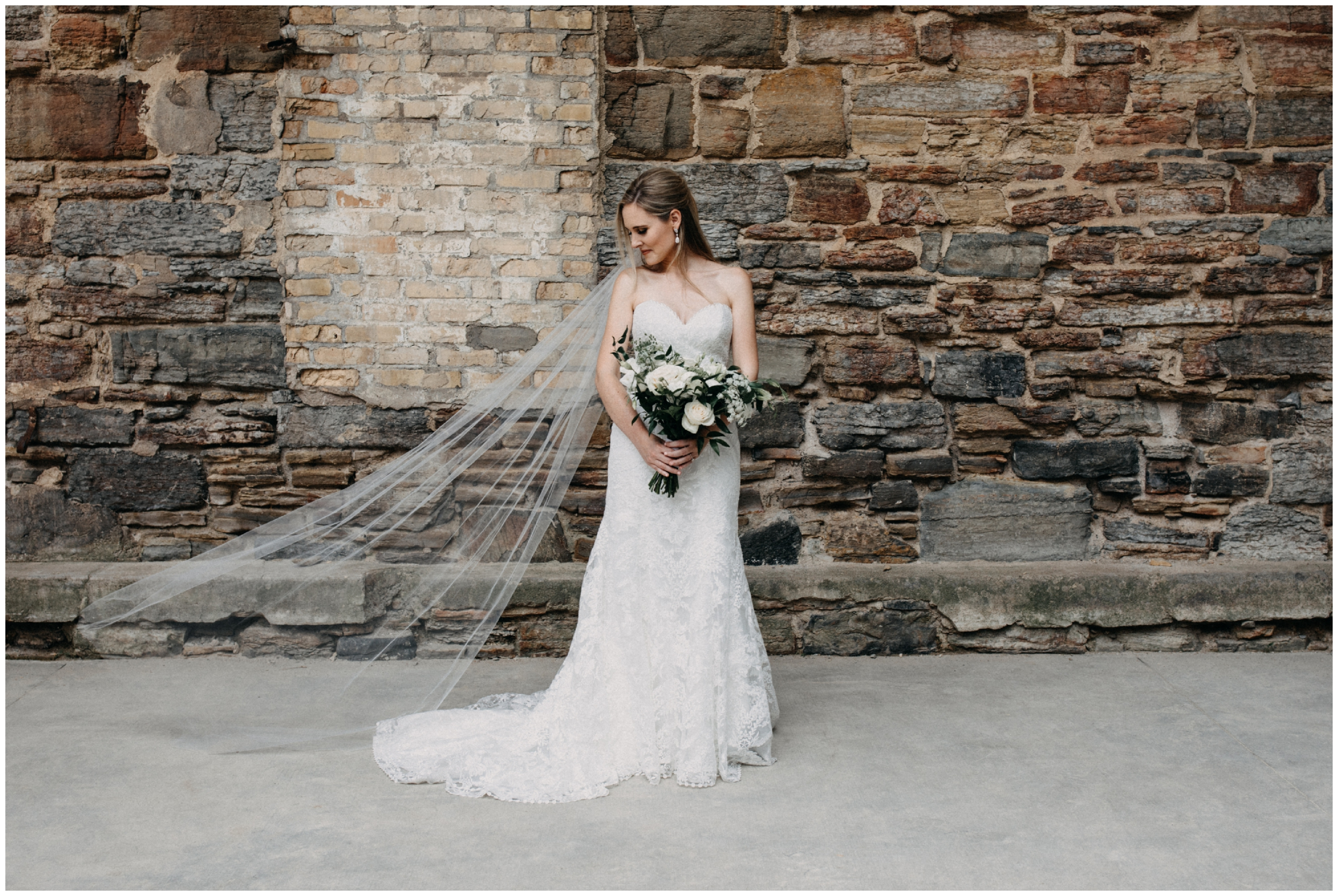 Industrial chic wedding at Mill City museum