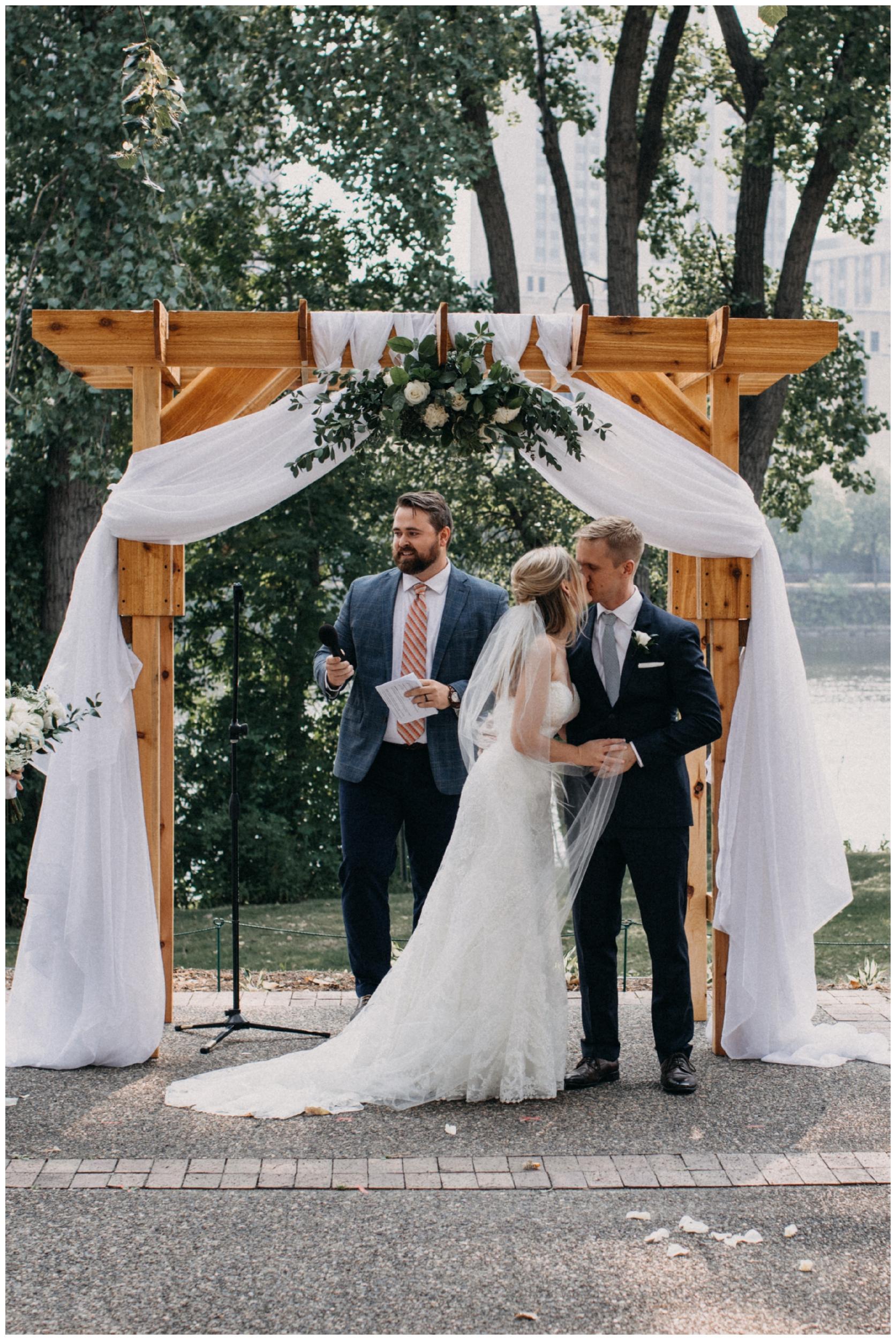 Outdoor wedding ceremony at Nicollet Island Pavilion