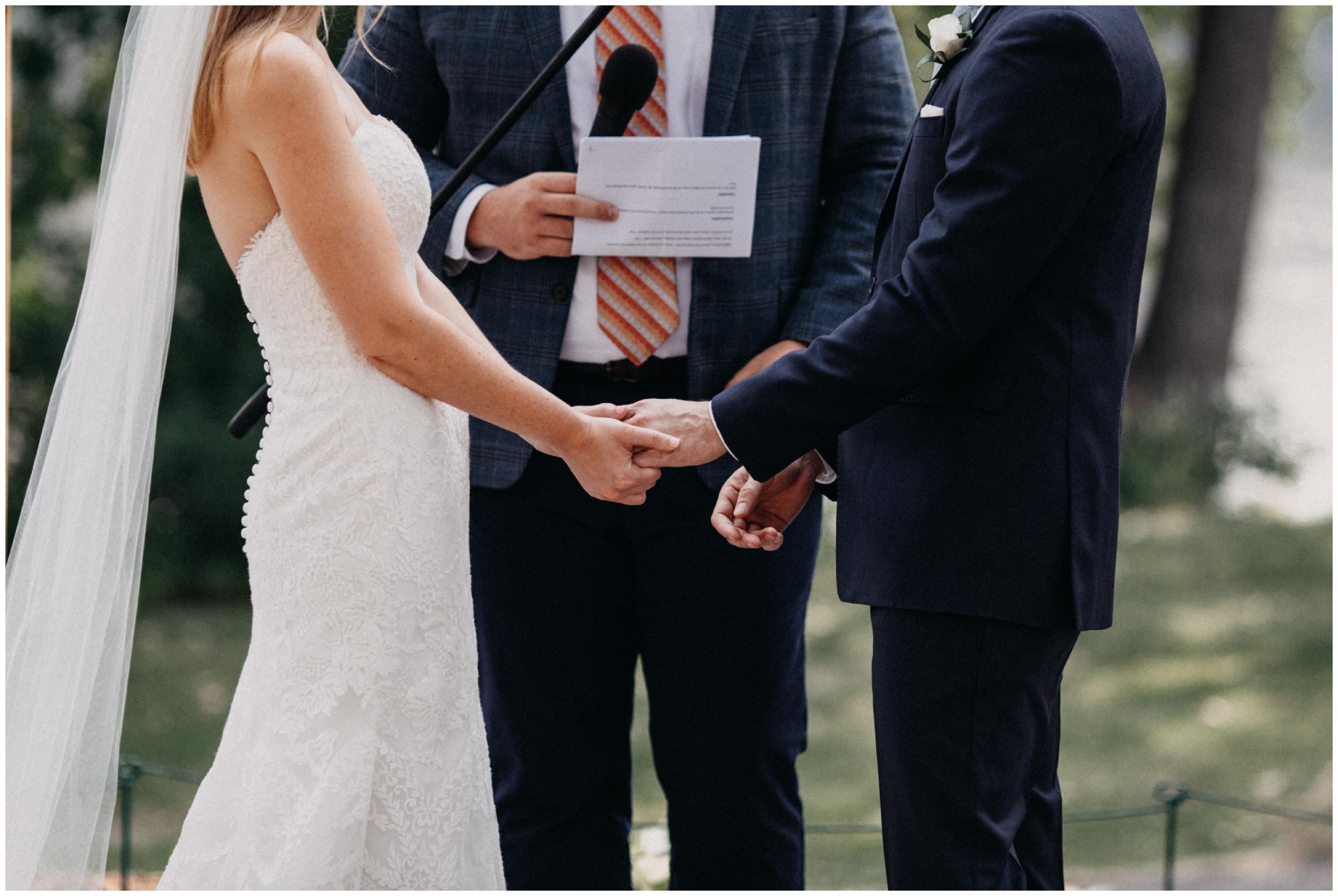 nicollet-island-pavillion-wedding_0006.jpg