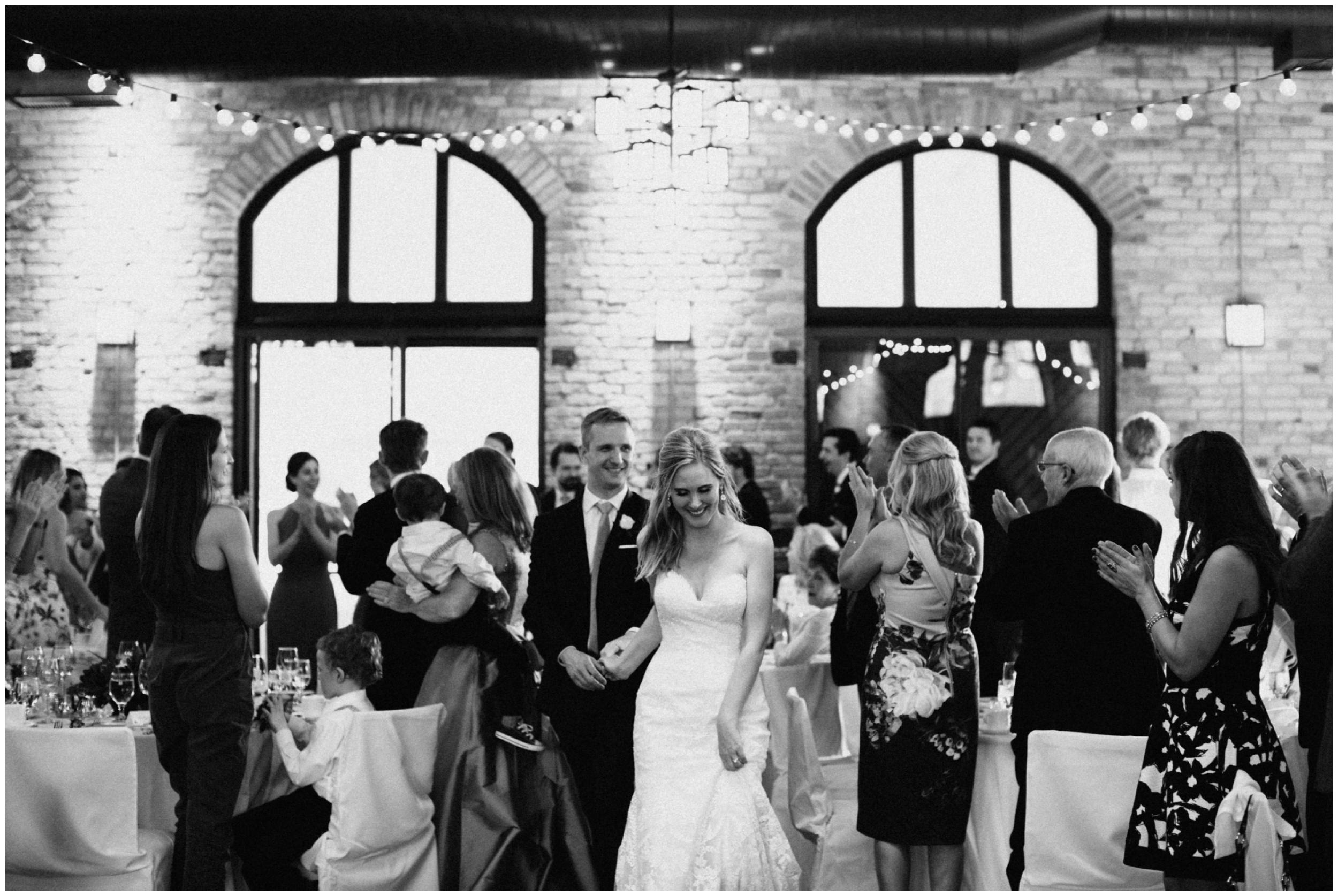 nicollet-island-pavillion-wedding_0024.jpg