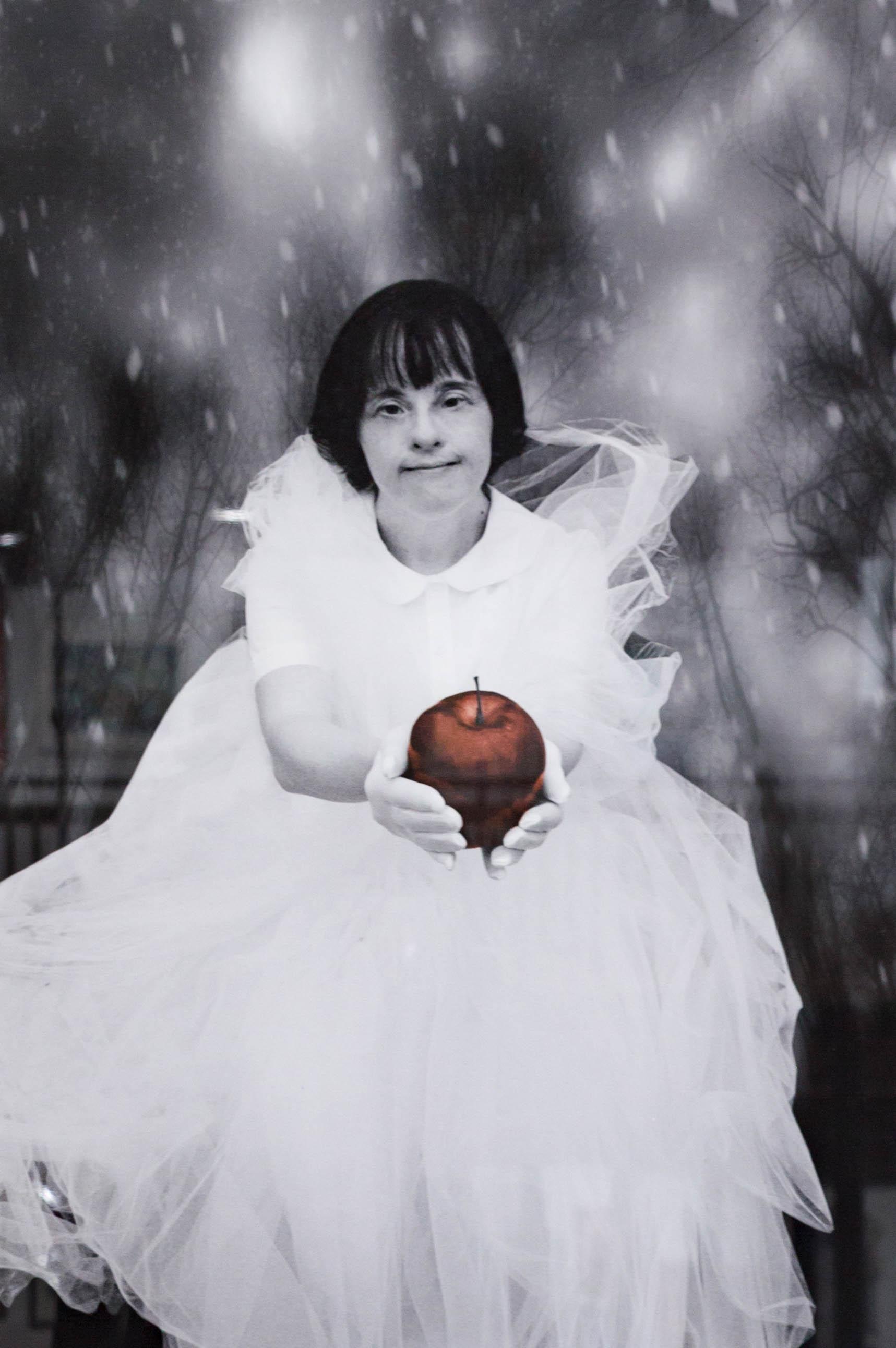 Patricia Izzo, Snow White