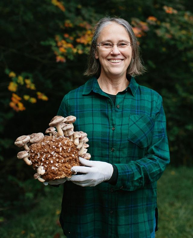 Learning about growing mushrooms and where to find the best mushroom soup in all of Portland. . . . . . . . . .  #brandphotographer #headshots #portlandphotographer #brandphotography  #portraitphotography #portlandcreative #commercialphotography #portlandoregonphotographer #portraitphotographer #portlandphotographer  #oregonphotographer #headshotsportland #headshotspdx #portlandportraitphotographer #brandphotographypdx #pdx