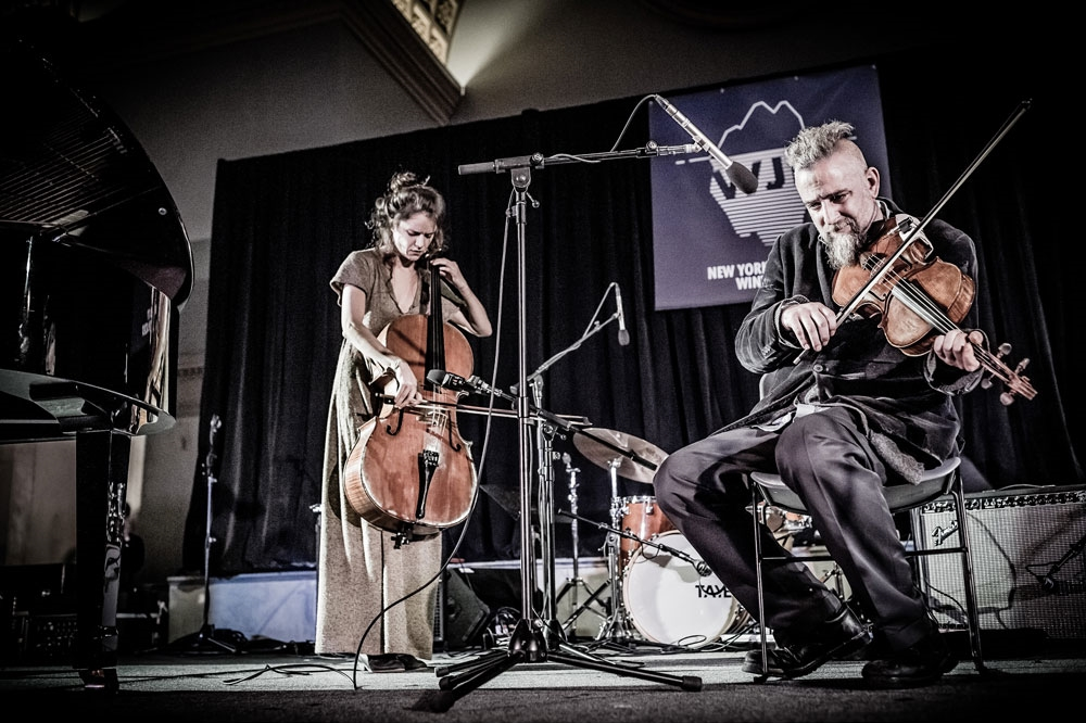 Round robin duets at Judson Church. Foreground: Matt Maneri. Photo: Bart Babinski