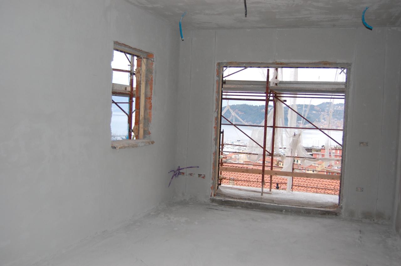 Construction 1a.jpg